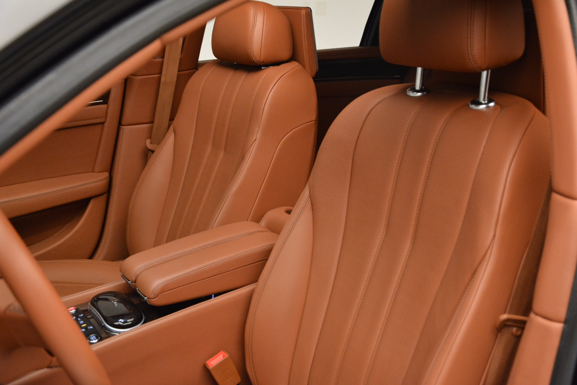 Used 2014 Bentley Flying Spur W12 For Sale In Westport, CT 1598_p30