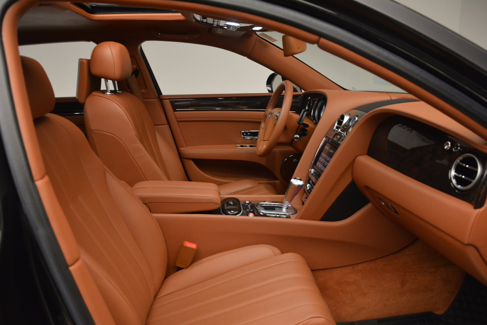 Used 2014 Bentley Flying Spur W12 For Sale In Westport, CT 1598_p39