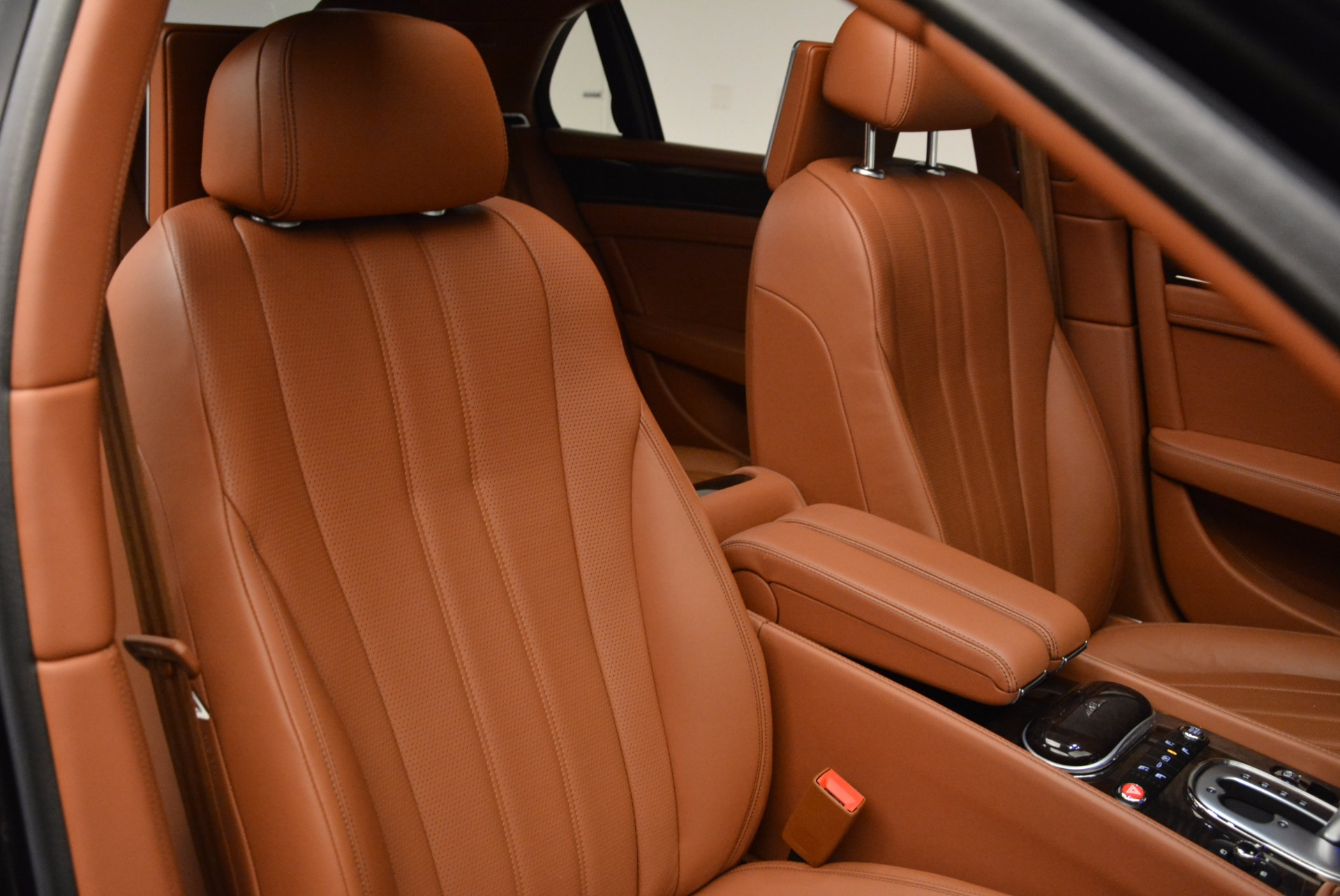 Used 2014 Bentley Flying Spur W12 For Sale In Westport, CT 1598_p41