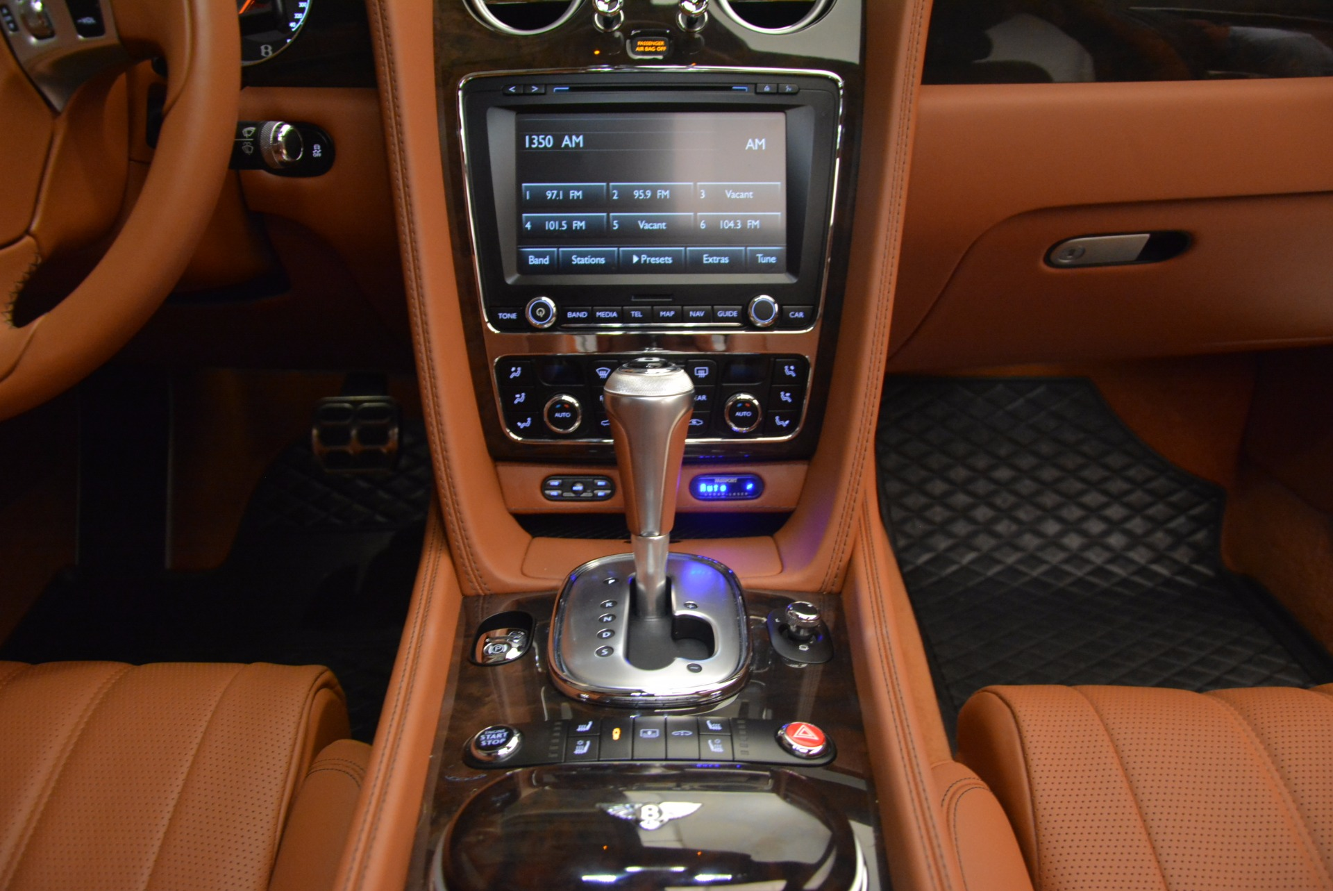 Used 2014 Bentley Flying Spur W12 For Sale In Westport, CT 1598_p45