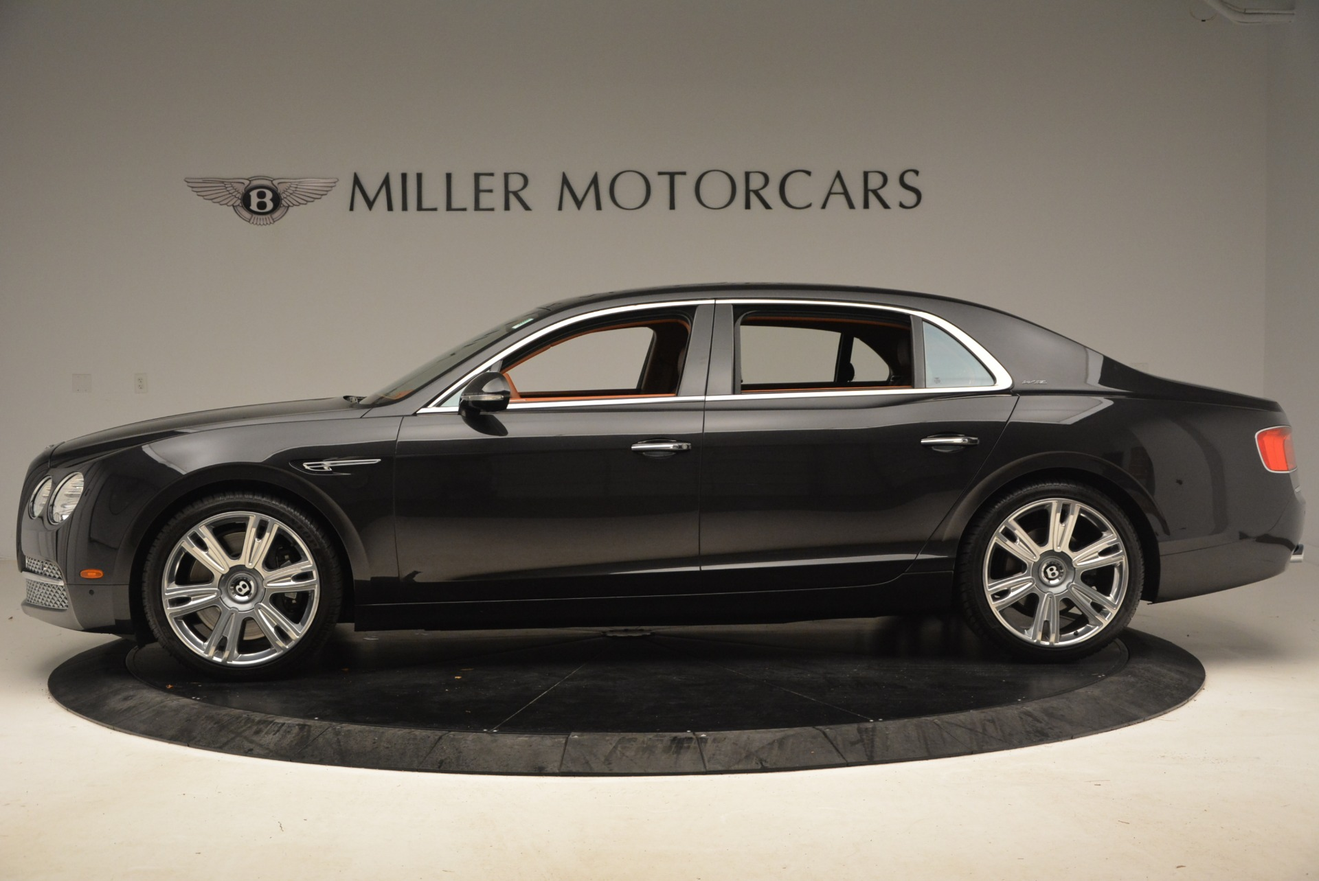 Used 2014 Bentley Flying Spur W12 For Sale In Westport, CT 1598_p4