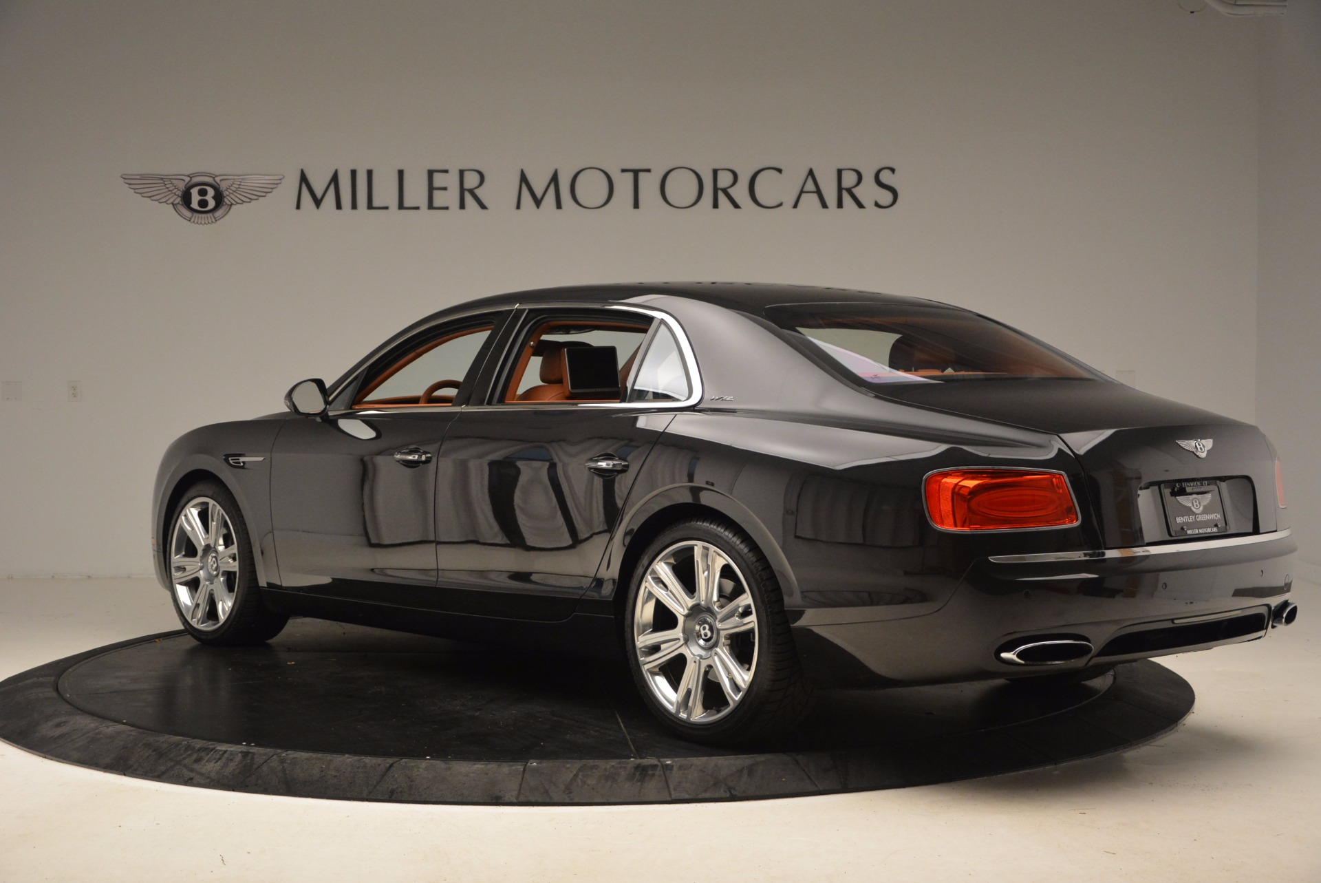 Used 2014 Bentley Flying Spur W12 For Sale In Westport, CT 1598_p6