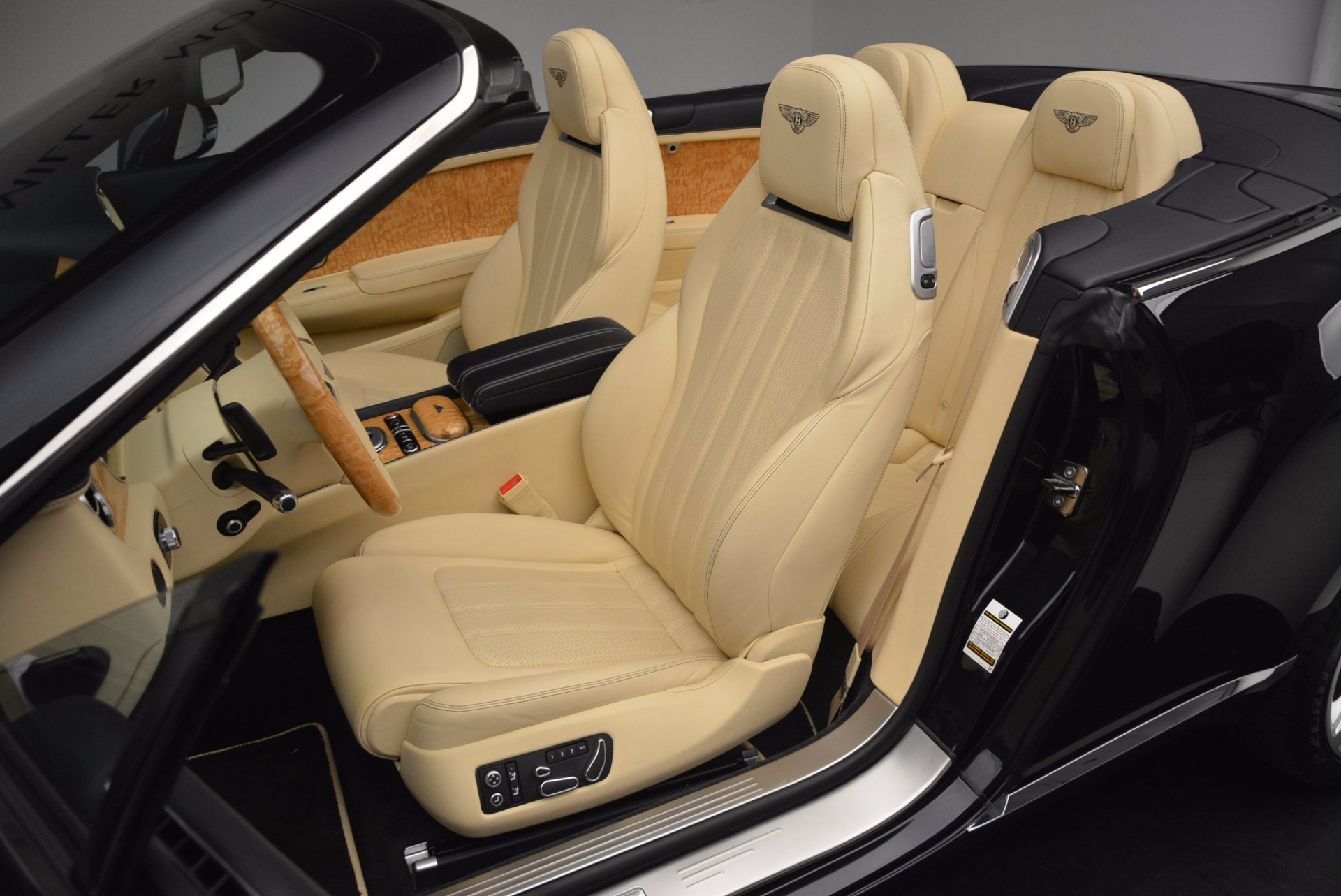 Used 2012 Bentley Continental GTC  For Sale In Westport, CT 16_p35