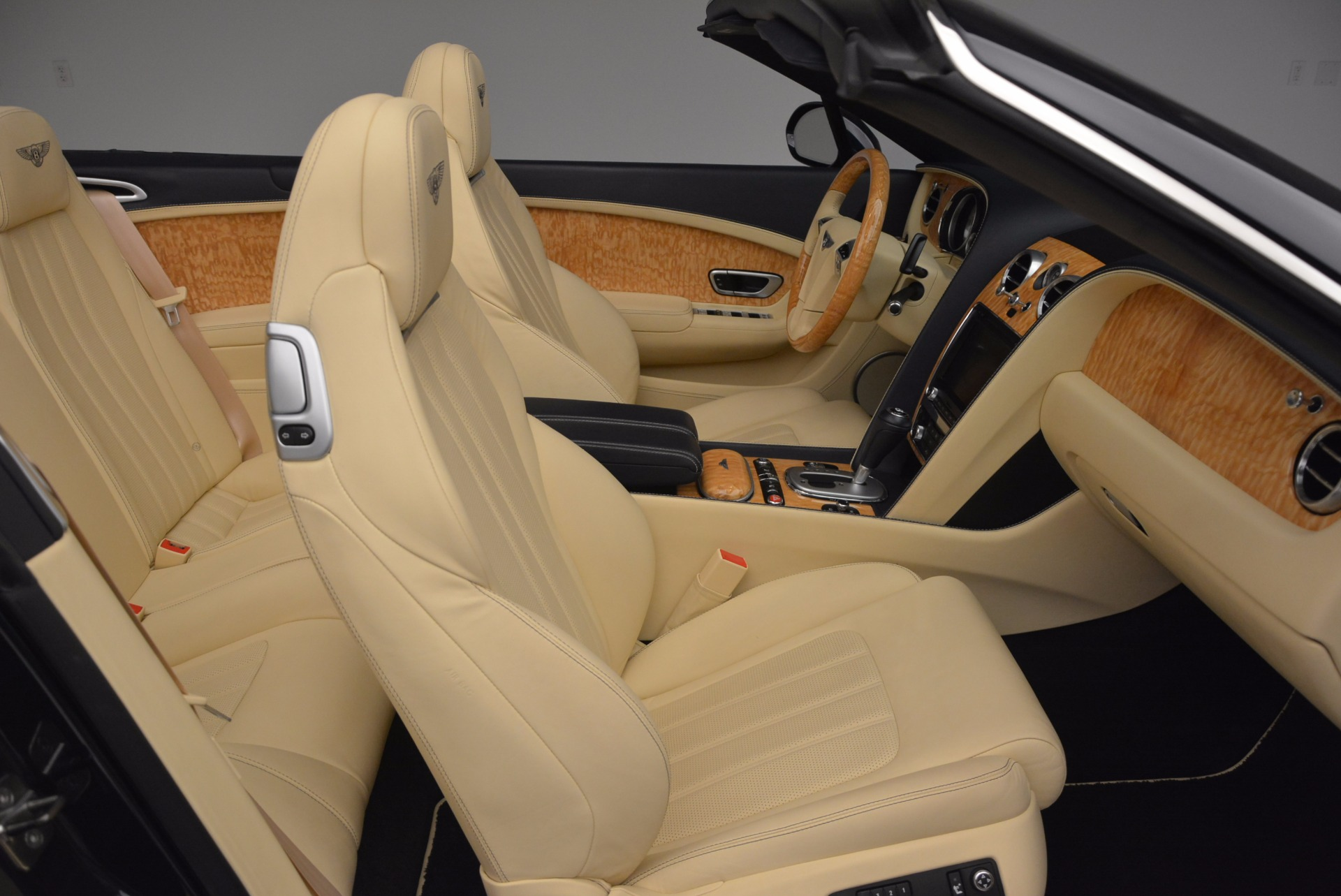 Used 2012 Bentley Continental GTC  For Sale In Westport, CT 16_p46