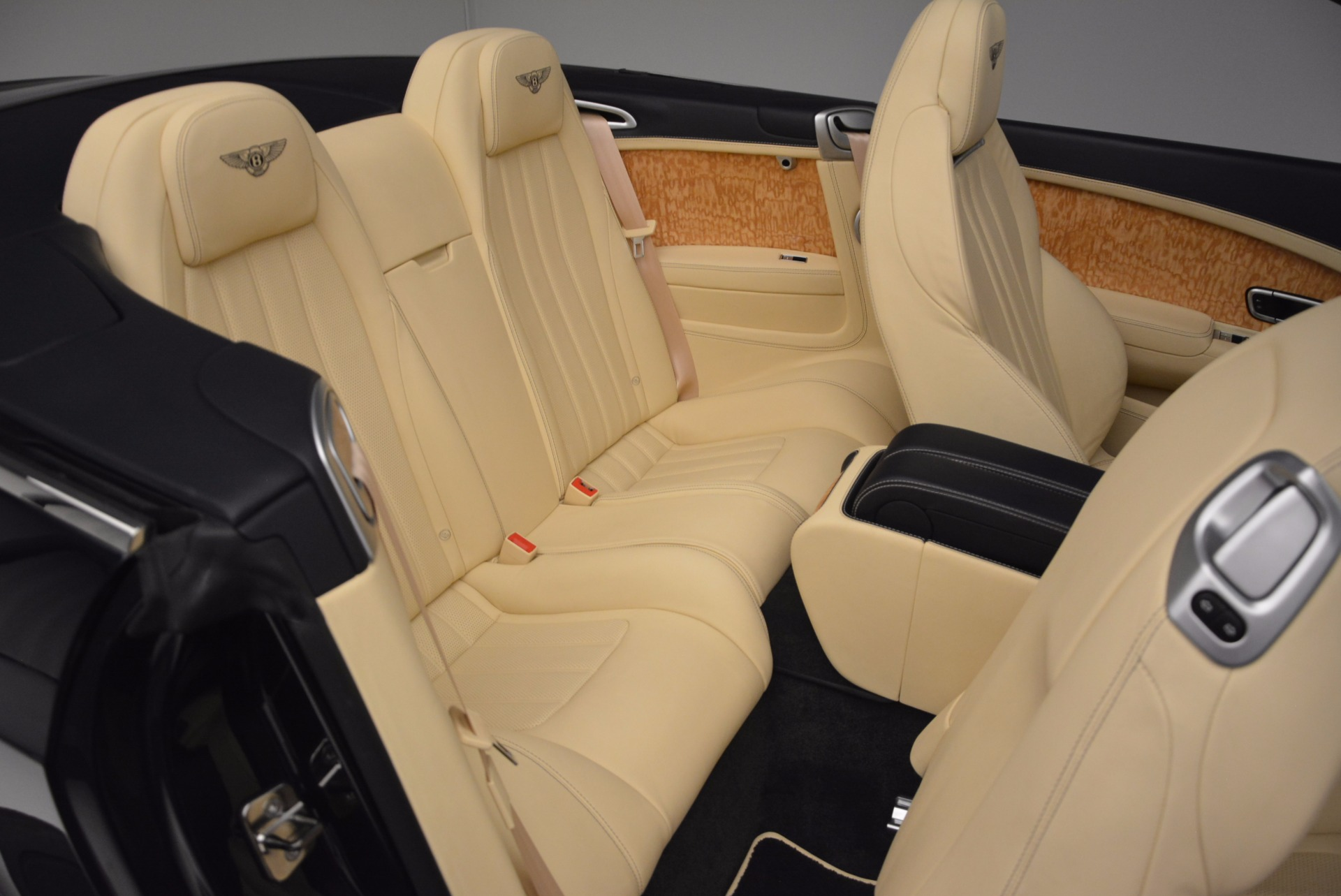 Used 2012 Bentley Continental GTC  For Sale In Westport, CT 16_p47