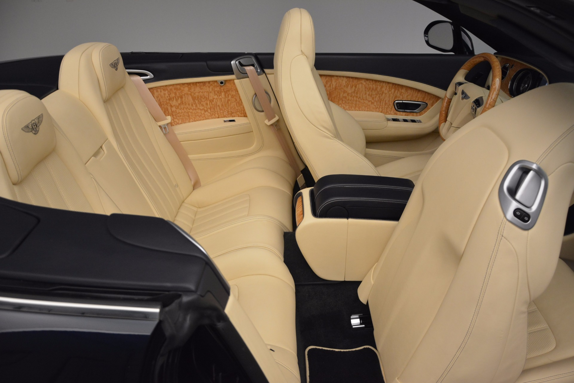 Used 2012 Bentley Continental GTC  For Sale In Westport, CT 16_p48