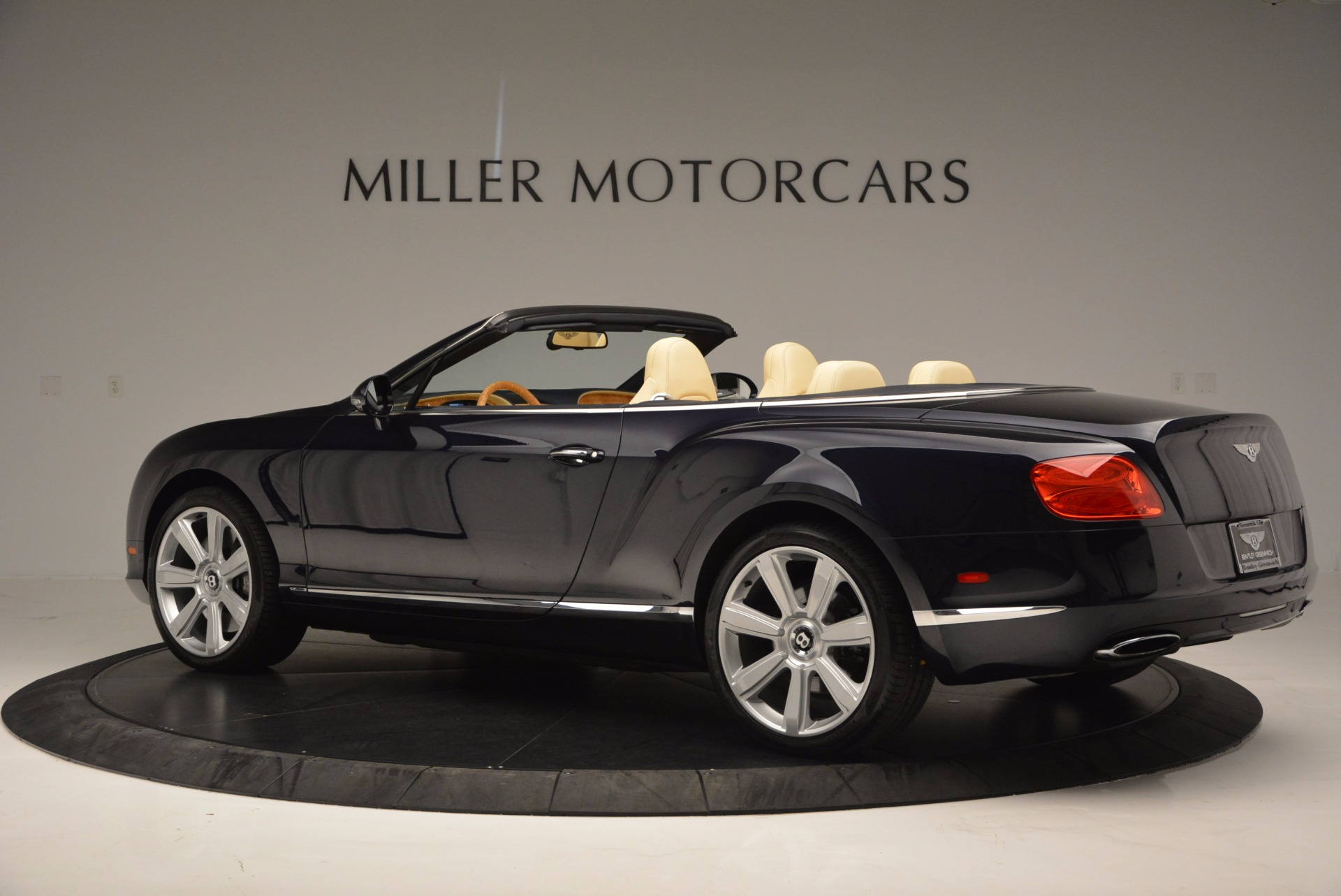 Used 2012 Bentley Continental GTC  For Sale In Westport, CT 16_p4