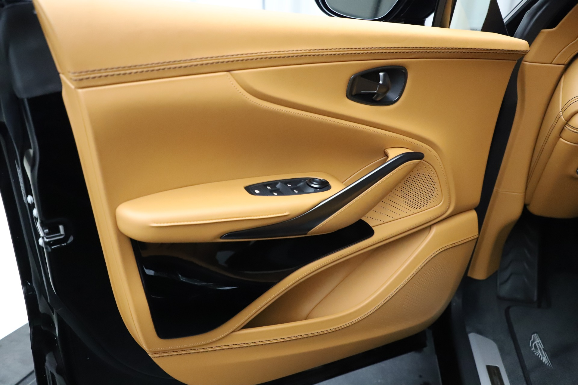 New 2020 Aston Martin DBX SUV For Sale In Westport, CT 1602_p16