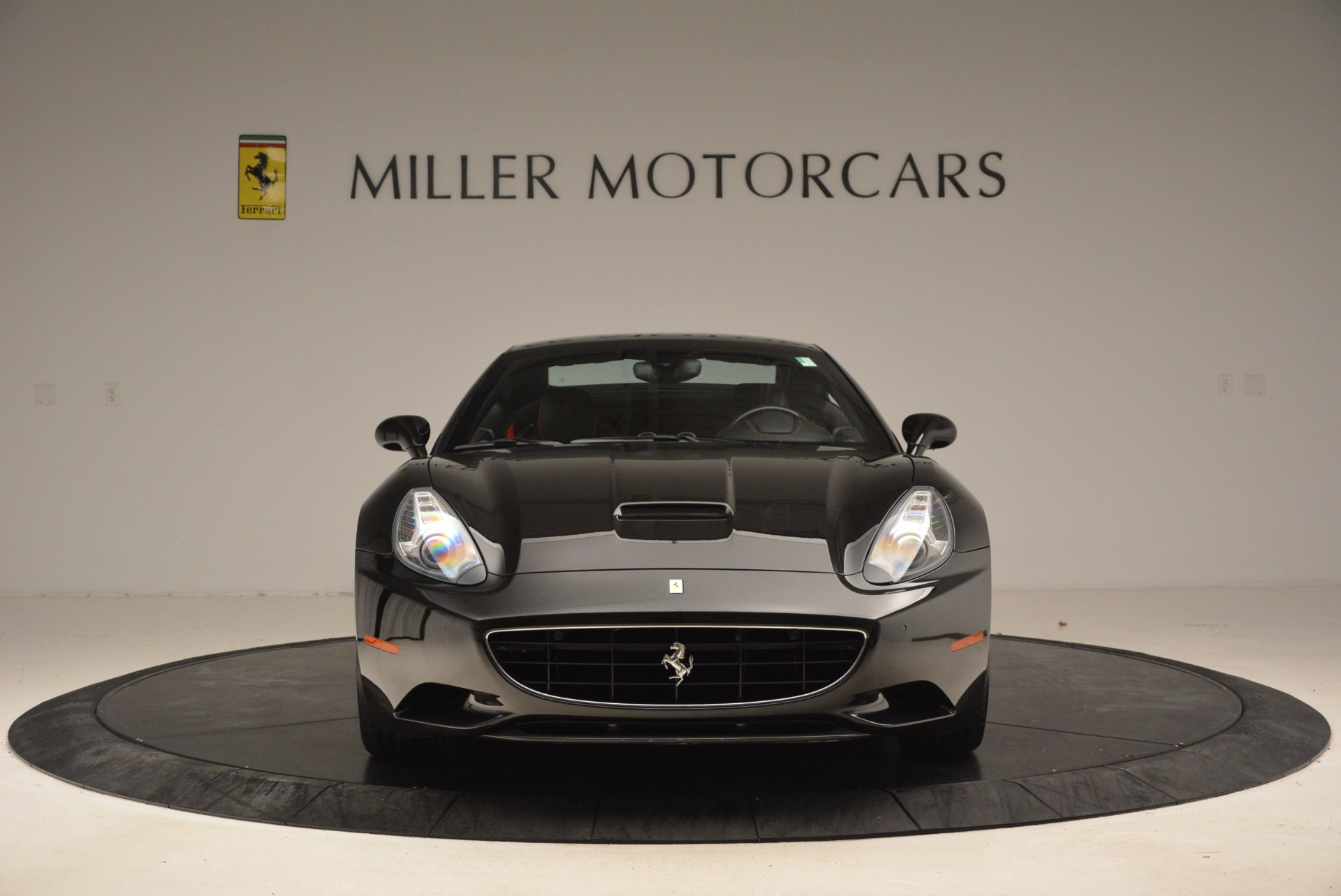 Used 2013 Ferrari California  For Sale In Westport, CT 1603_p24