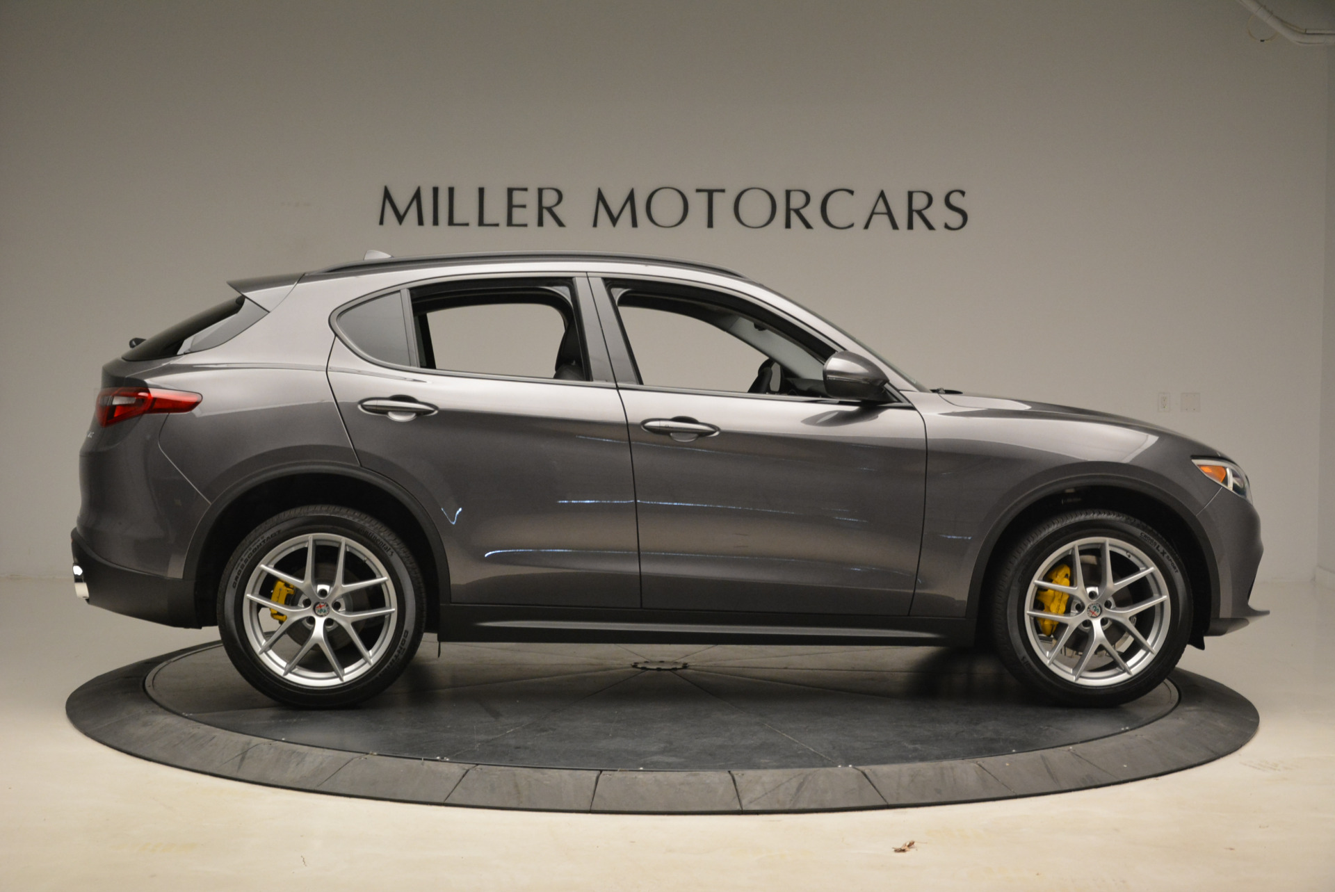 New 2018 Alfa Romeo Stelvio Sport Q4 For Sale In Westport, CT 1604_p9