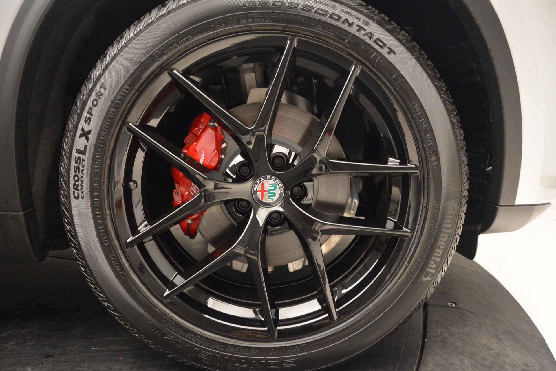 New 2018 Alfa Romeo Stelvio Ti Q4 For Sale In Westport, CT 1606_p25