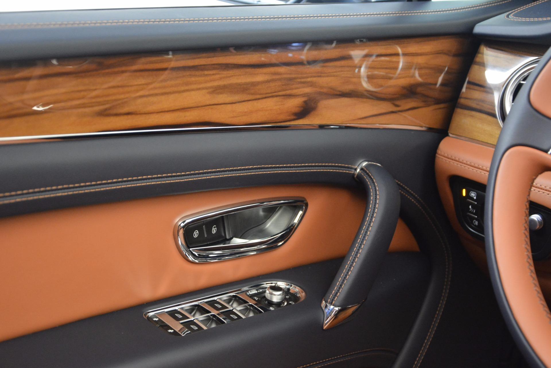 Used 2018 Bentley Bentayga Onyx For Sale In Westport, CT 1651_p23