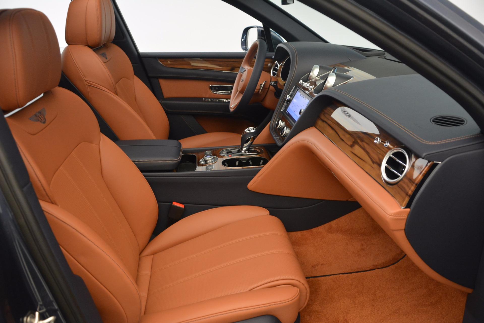 Used 2018 Bentley Bentayga Onyx For Sale In Westport, CT 1651_p28