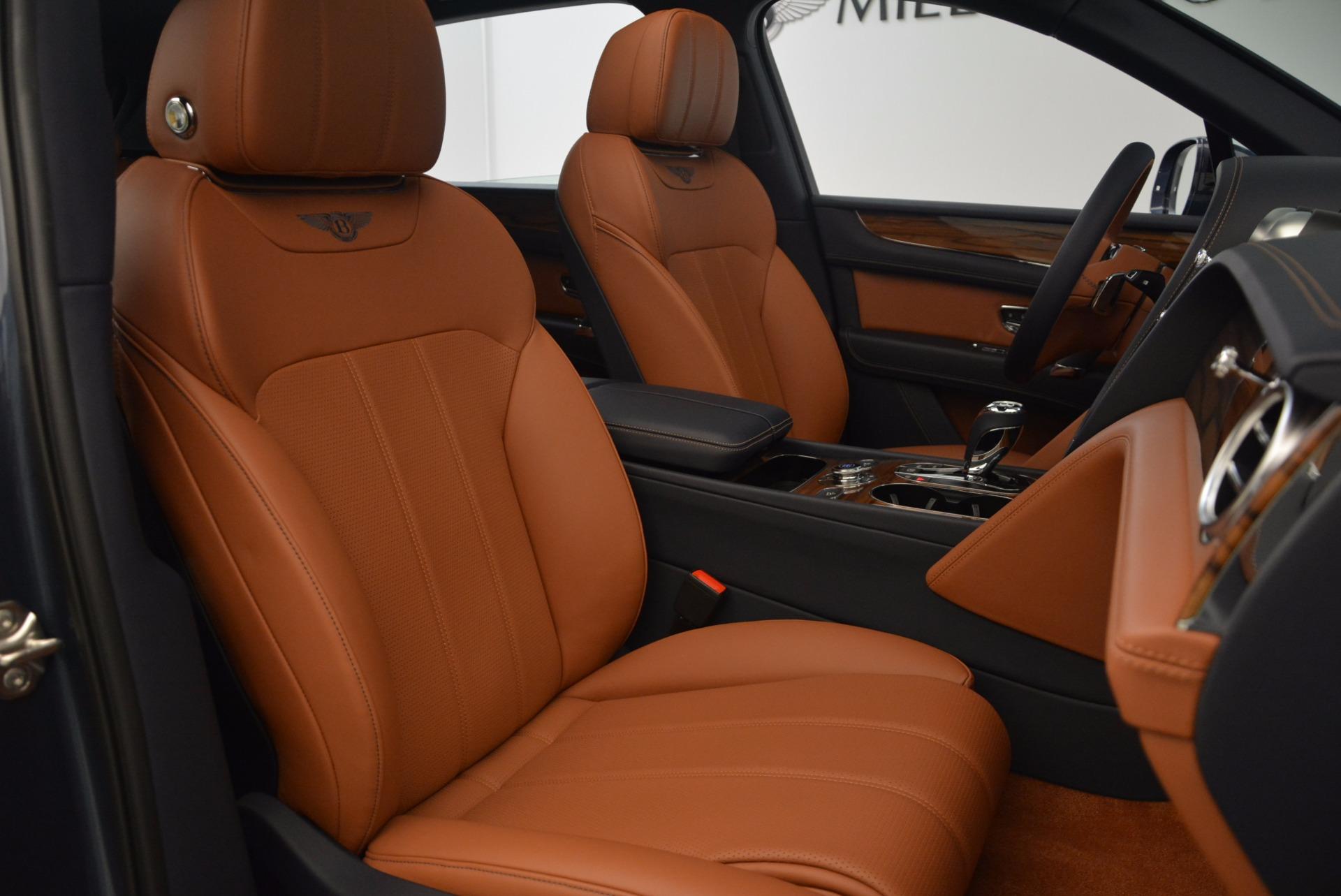 Used 2018 Bentley Bentayga Onyx For Sale In Westport, CT 1651_p29