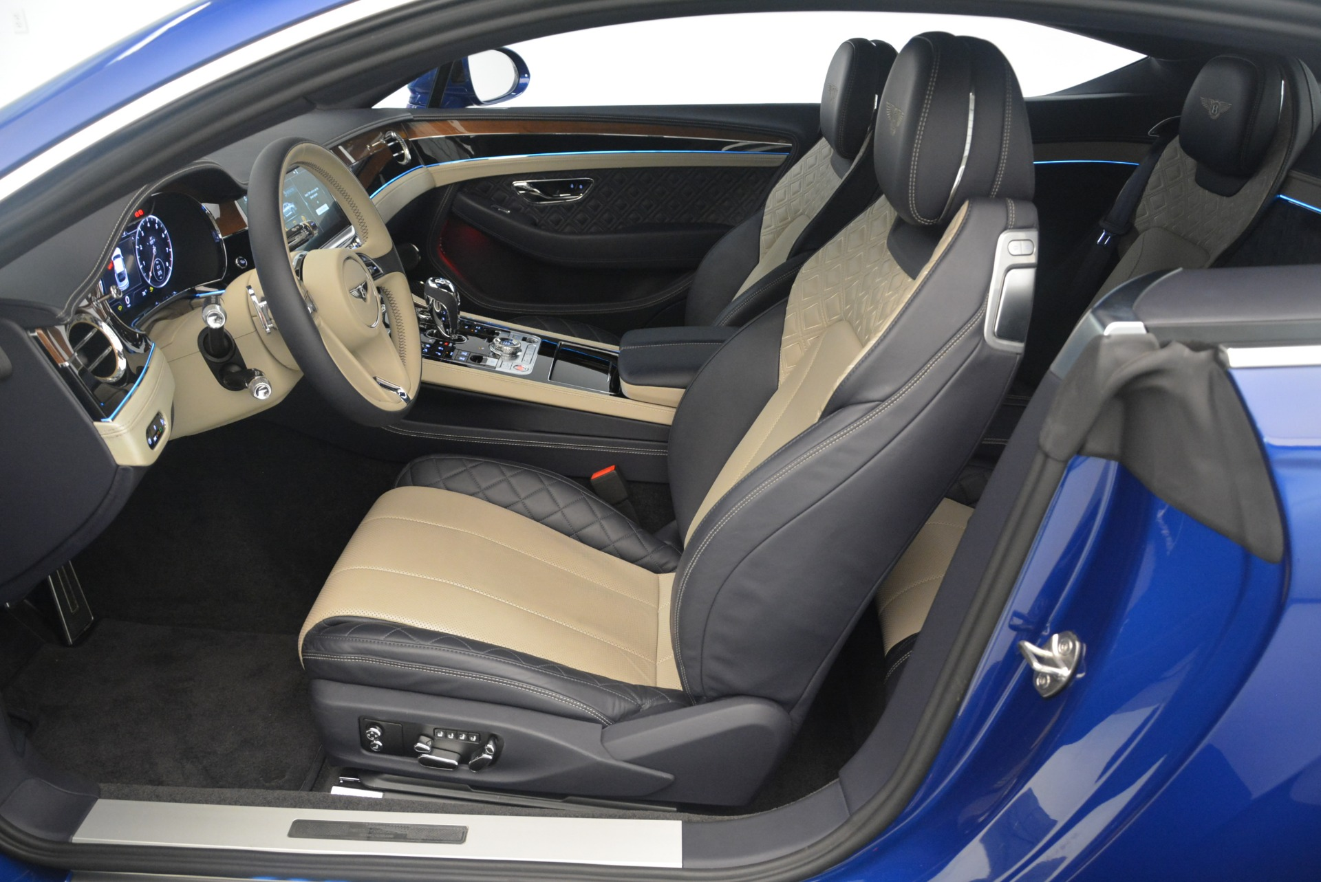 New 2020 Bentley Continental GT  For Sale In Westport, CT 1657_p28