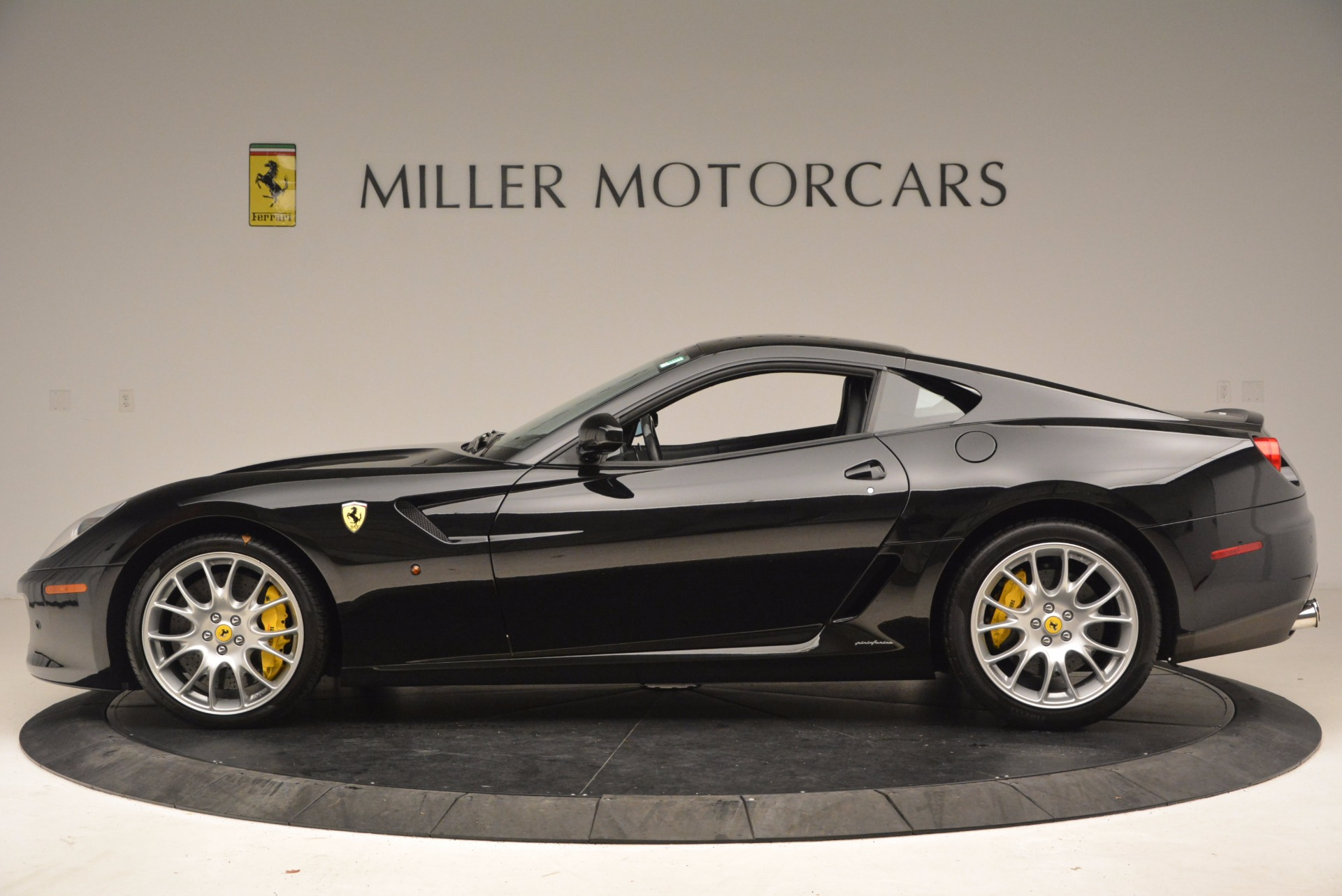 Used 2008 Ferrari 599 GTB Fiorano  For Sale In Westport, CT 1663_p3
