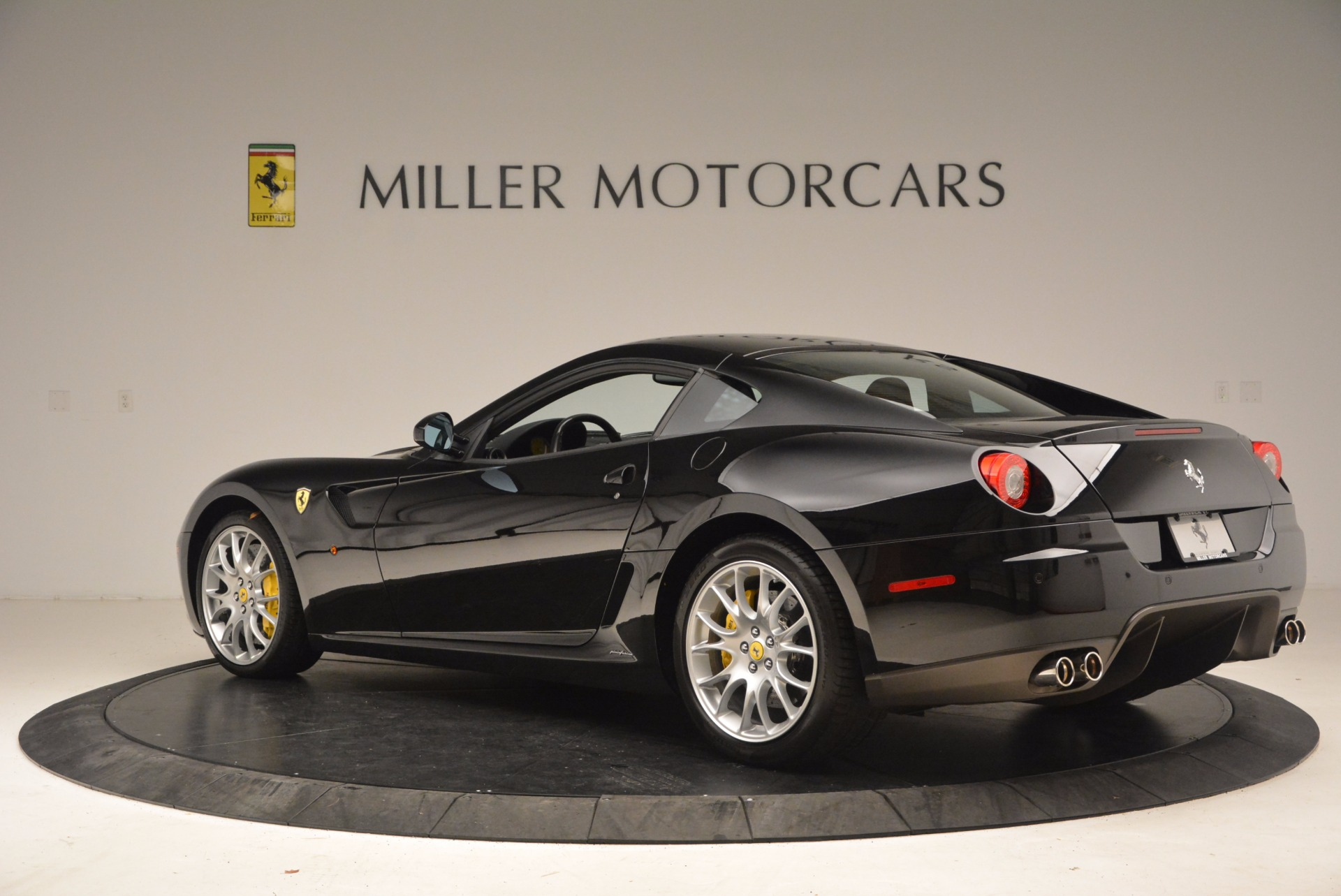 Used 2008 Ferrari 599 GTB Fiorano  For Sale In Westport, CT 1663_p4