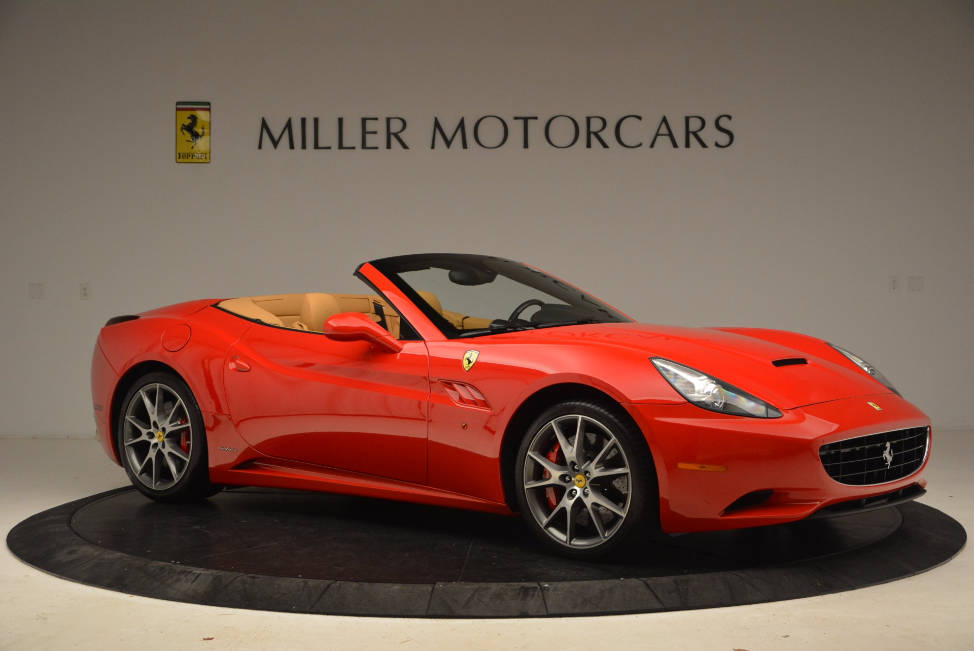 Used 2010 Ferrari California  For Sale In Westport, CT 1665_p10