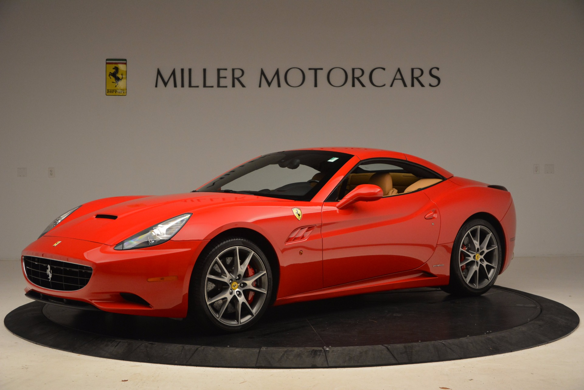 Used 2010 Ferrari California  For Sale In Westport, CT 1665_p14