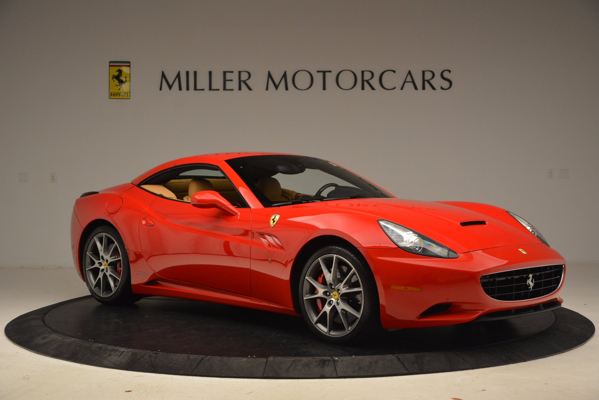 Used 2010 Ferrari California  For Sale In Westport, CT 1665_p22
