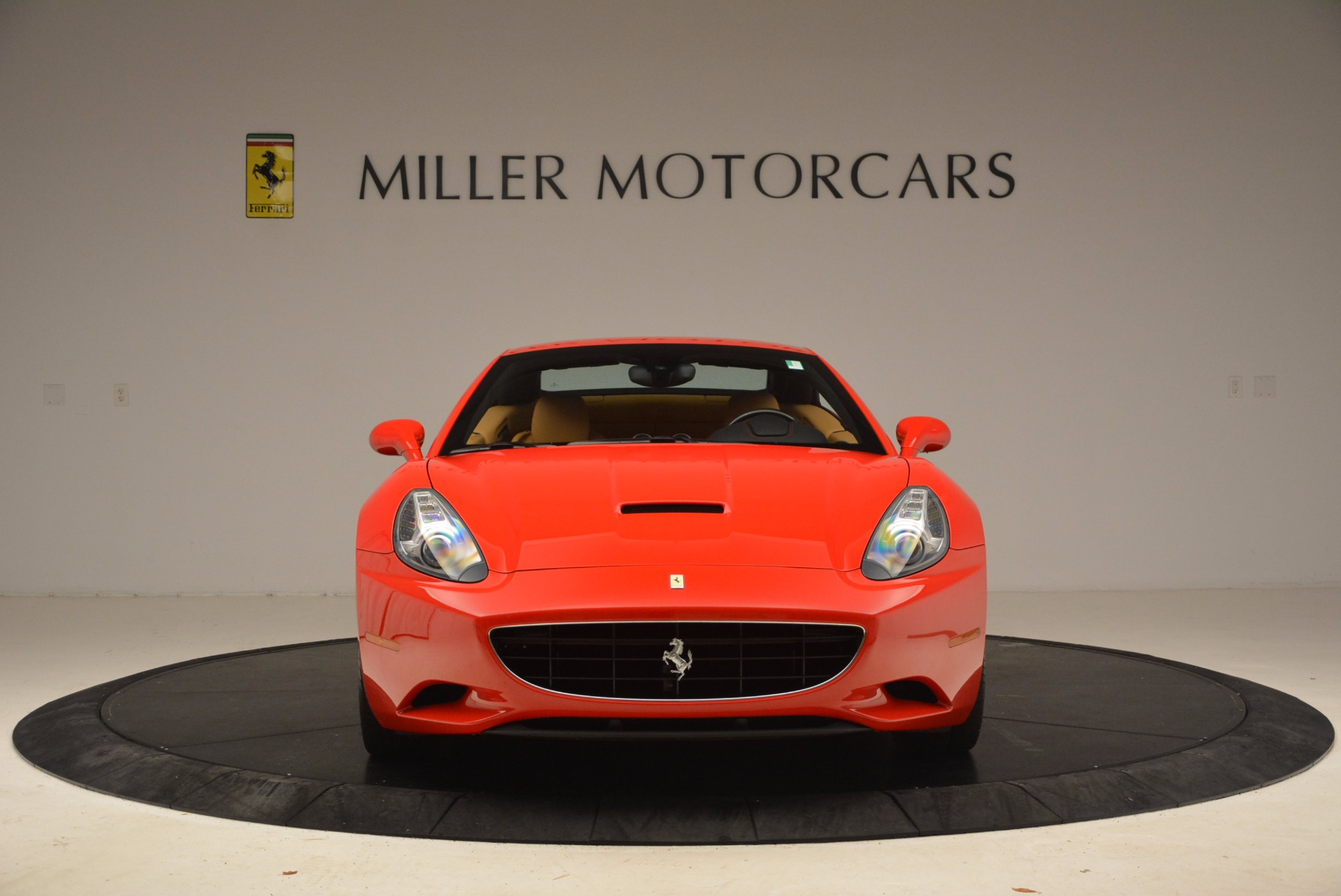 Used 2010 Ferrari California  For Sale In Westport, CT 1665_p24