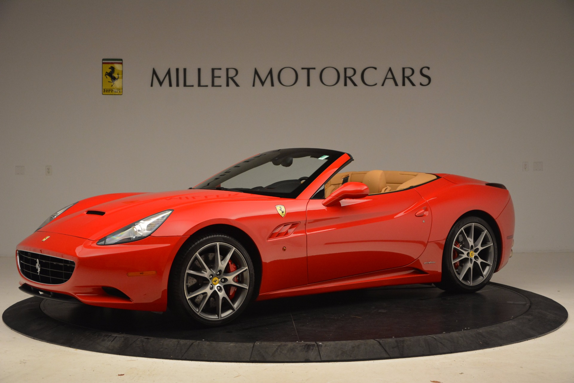 Used 2010 Ferrari California  For Sale In Westport, CT 1665_p2
