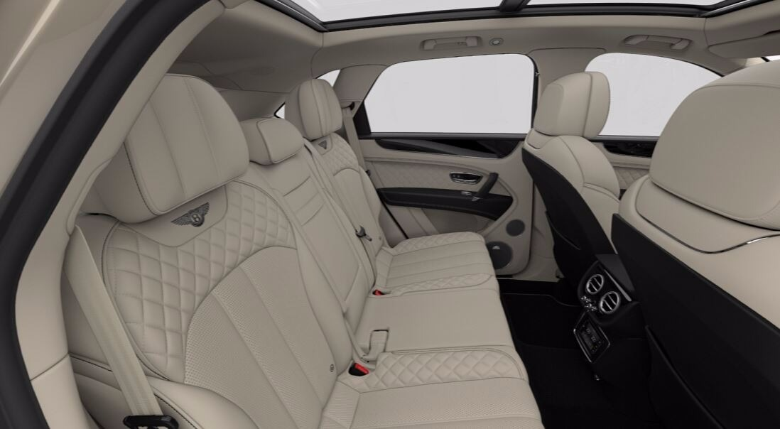 New 2018 Bentley Bentayga Signature For Sale In Westport, CT 1666_p8