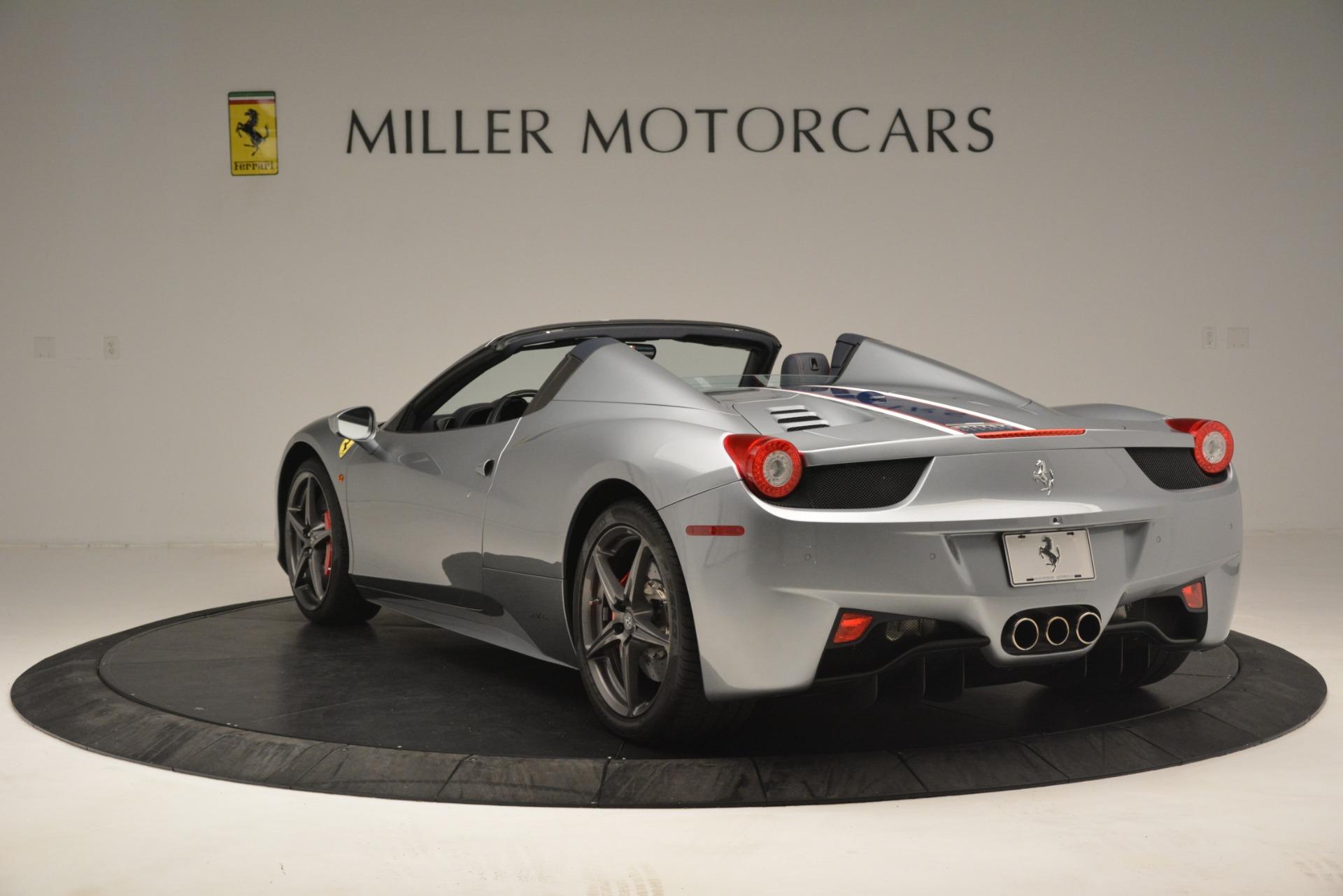 Used 2015 Ferrari 458 Spider  For Sale In Westport, CT 1667_p5