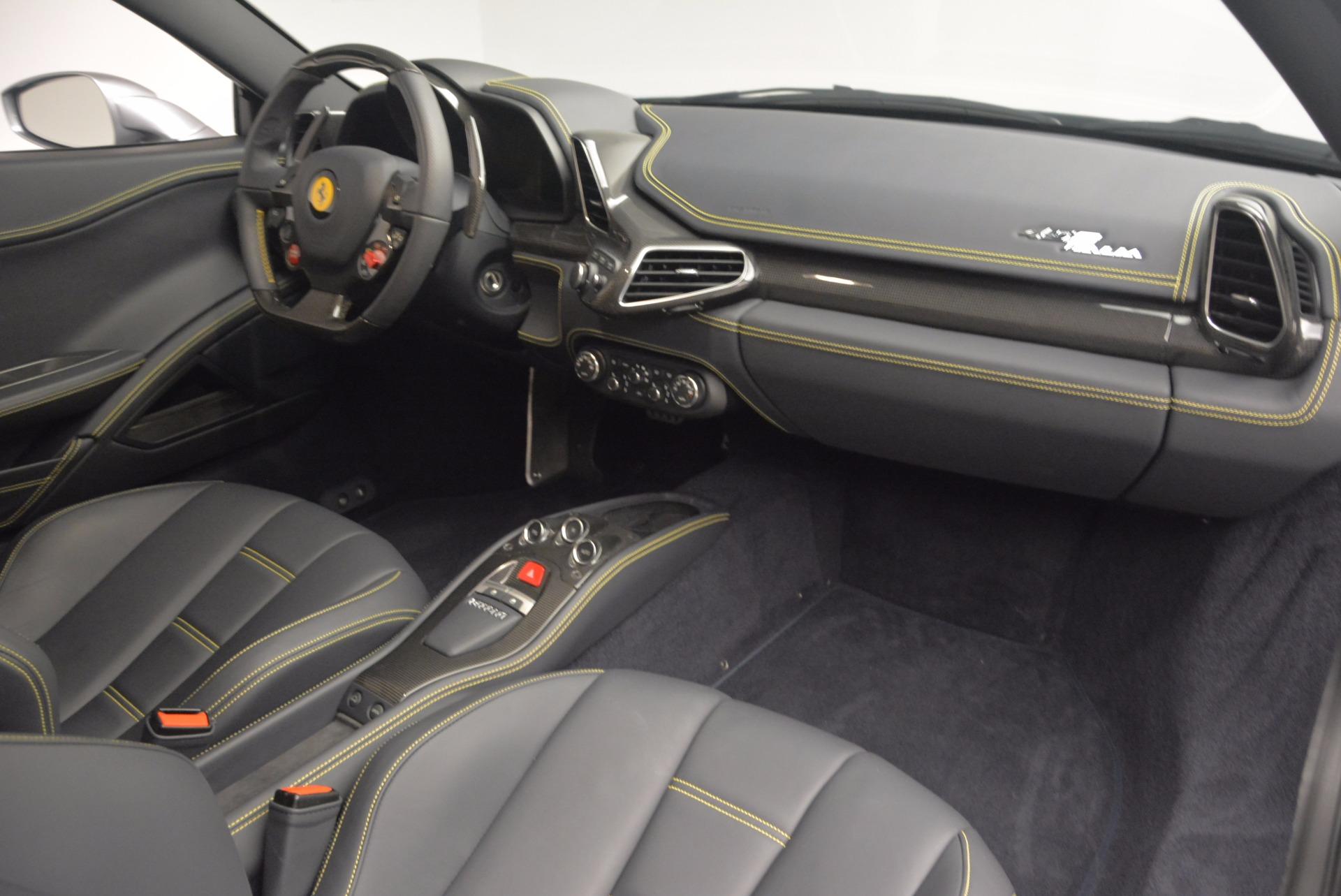 Used 2014 Ferrari 458 Italia  For Sale In Westport, CT 1669_p17