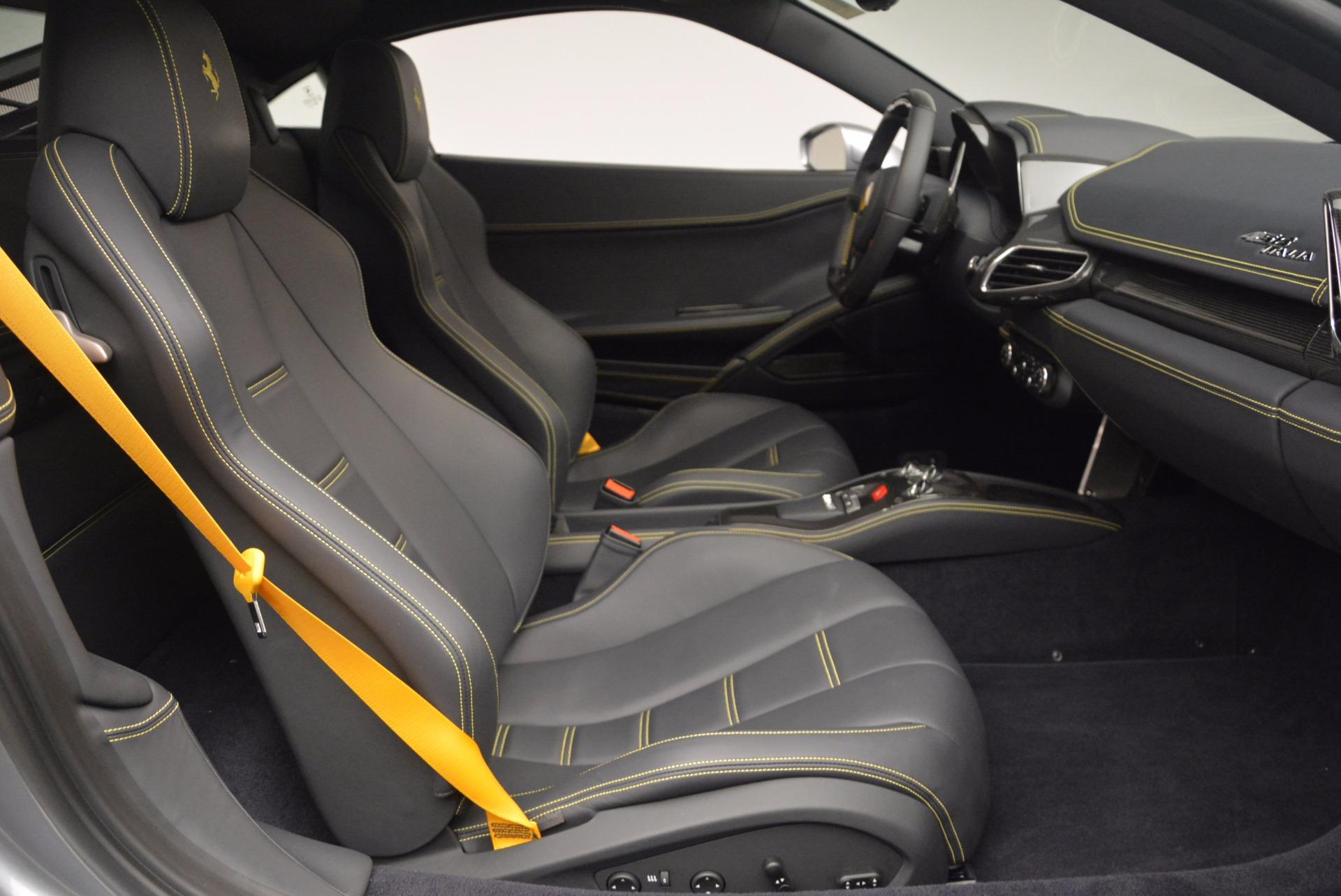 Used 2014 Ferrari 458 Italia  For Sale In Westport, CT 1669_p18