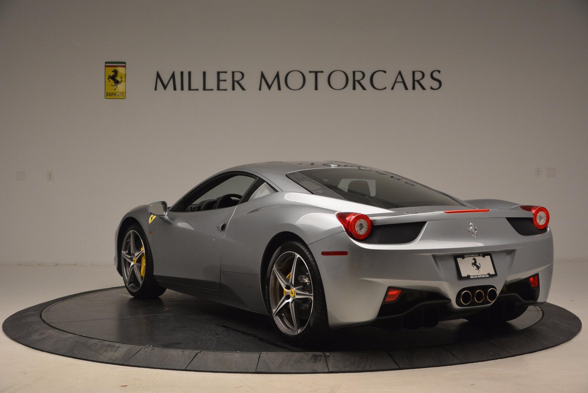 Used 2014 Ferrari 458 Italia  For Sale In Westport, CT 1669_p5