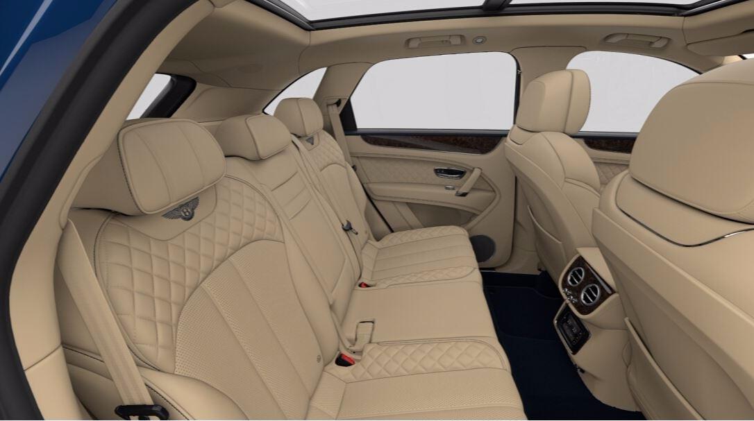 New 2018 Bentley Bentayga Signature For Sale In Westport, CT 1670_p8