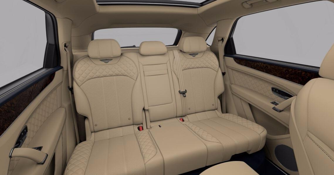 New 2018 Bentley Bentayga Signature For Sale In Westport, CT 1670_p9