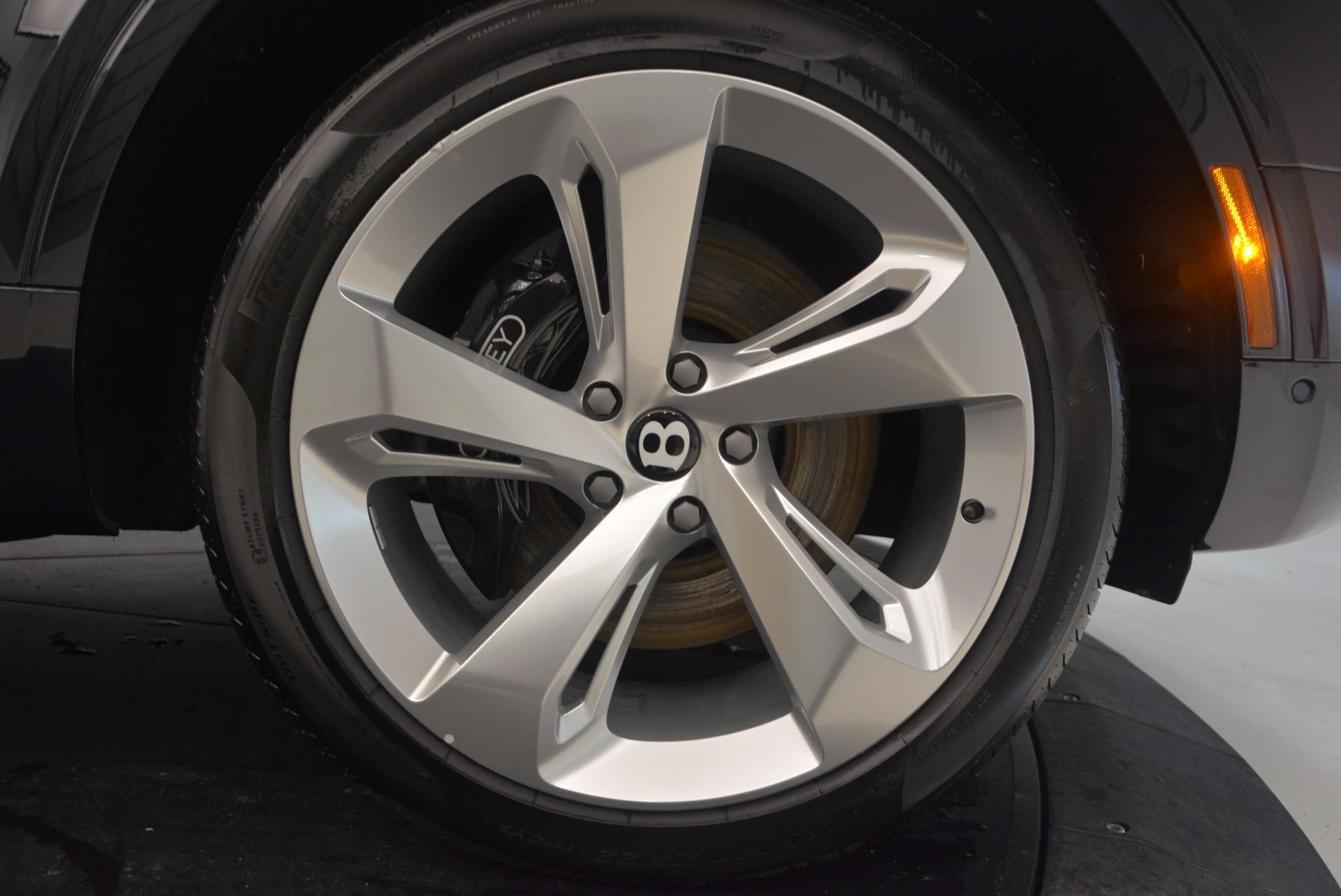 New 2018 Bentley Bentayga Signature For Sale In Westport, CT 1675_p19