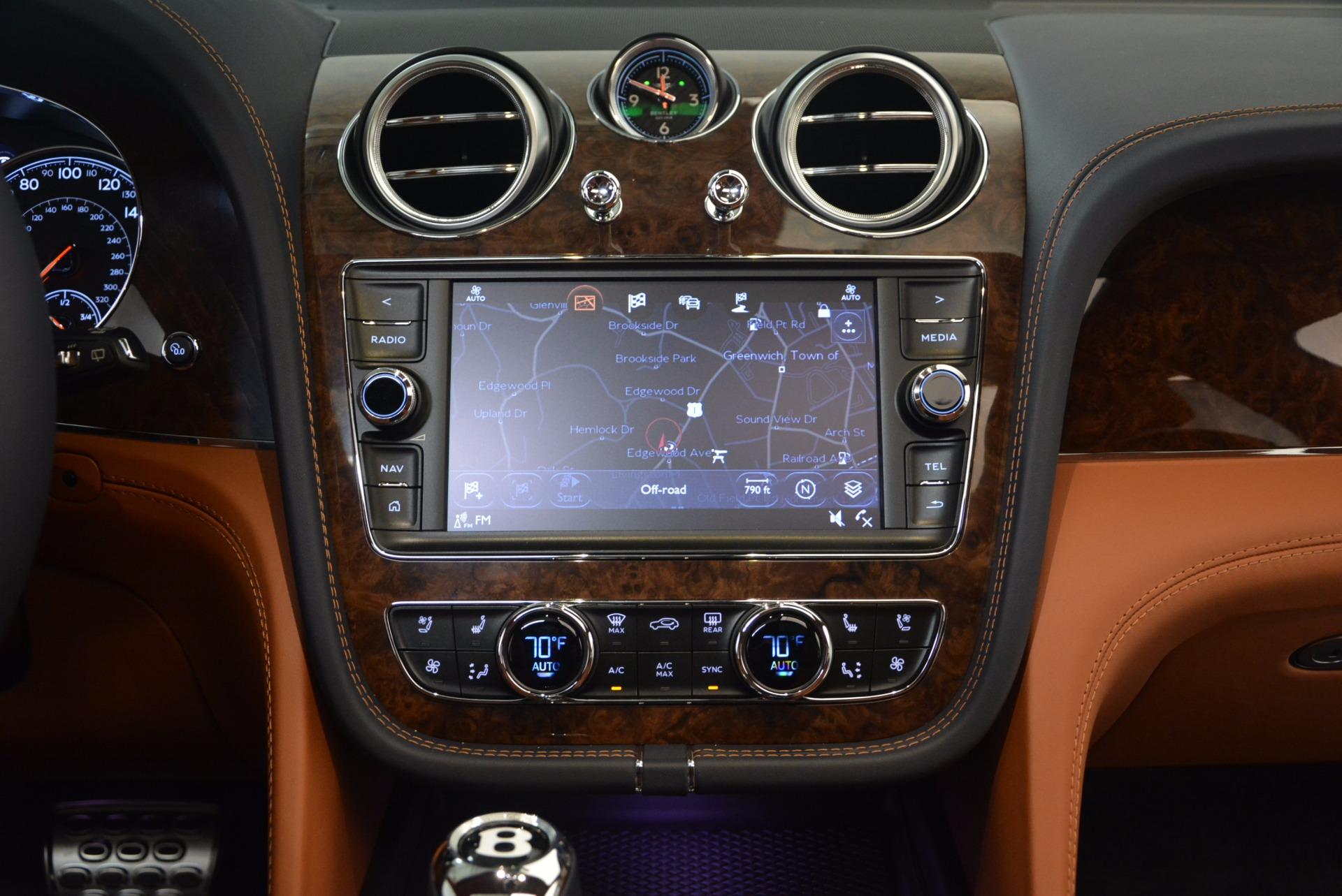 New 2018 Bentley Bentayga Signature For Sale In Westport, CT 1675_p26
