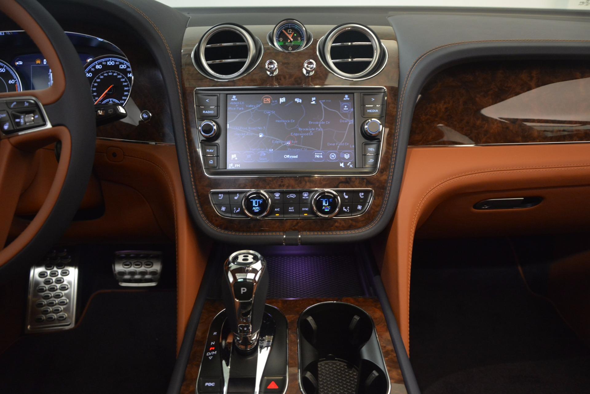New 2018 Bentley Bentayga Signature For Sale In Westport, CT 1675_p27