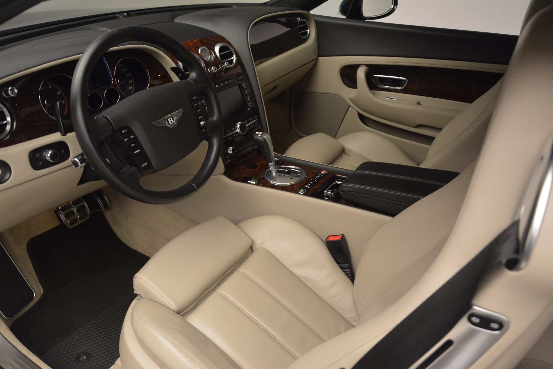 Used 2005 Bentley Continental GT W12 For Sale In Westport, CT 1677_p18