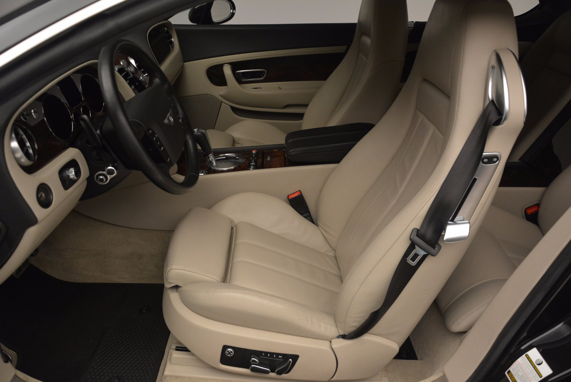Used 2005 Bentley Continental GT W12 For Sale In Westport, CT 1677_p19