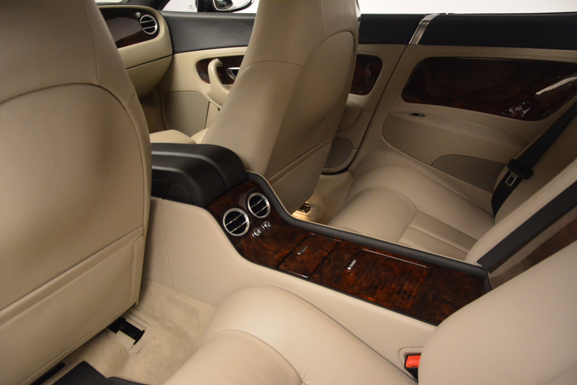 Used 2005 Bentley Continental GT W12 For Sale In Westport, CT 1677_p23