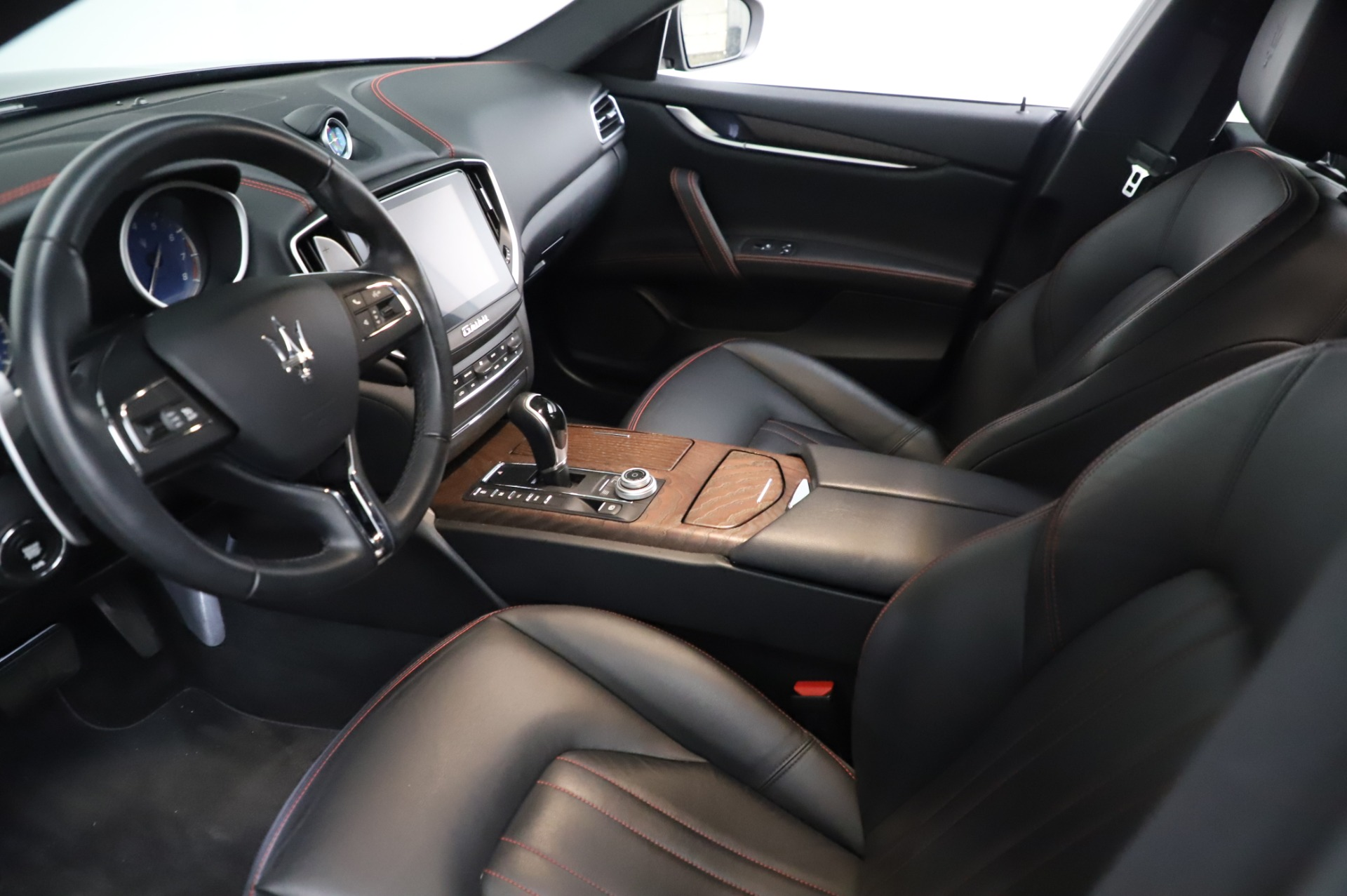Used 2018 Maserati Ghibli S Q4 For Sale In Westport, CT 1698_p14