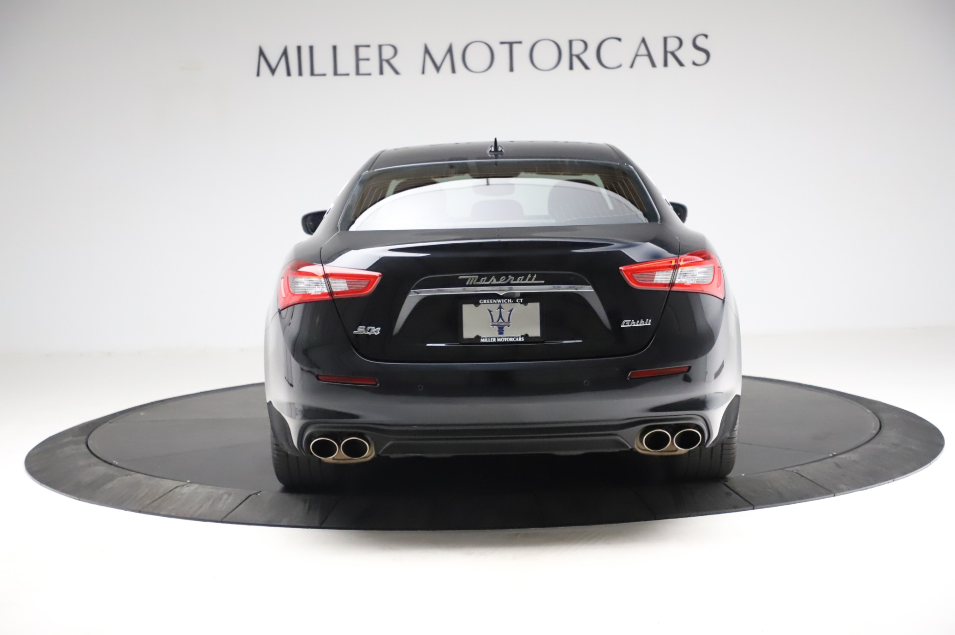 Used 2018 Maserati Ghibli S Q4 For Sale In Westport, CT 1698_p7
