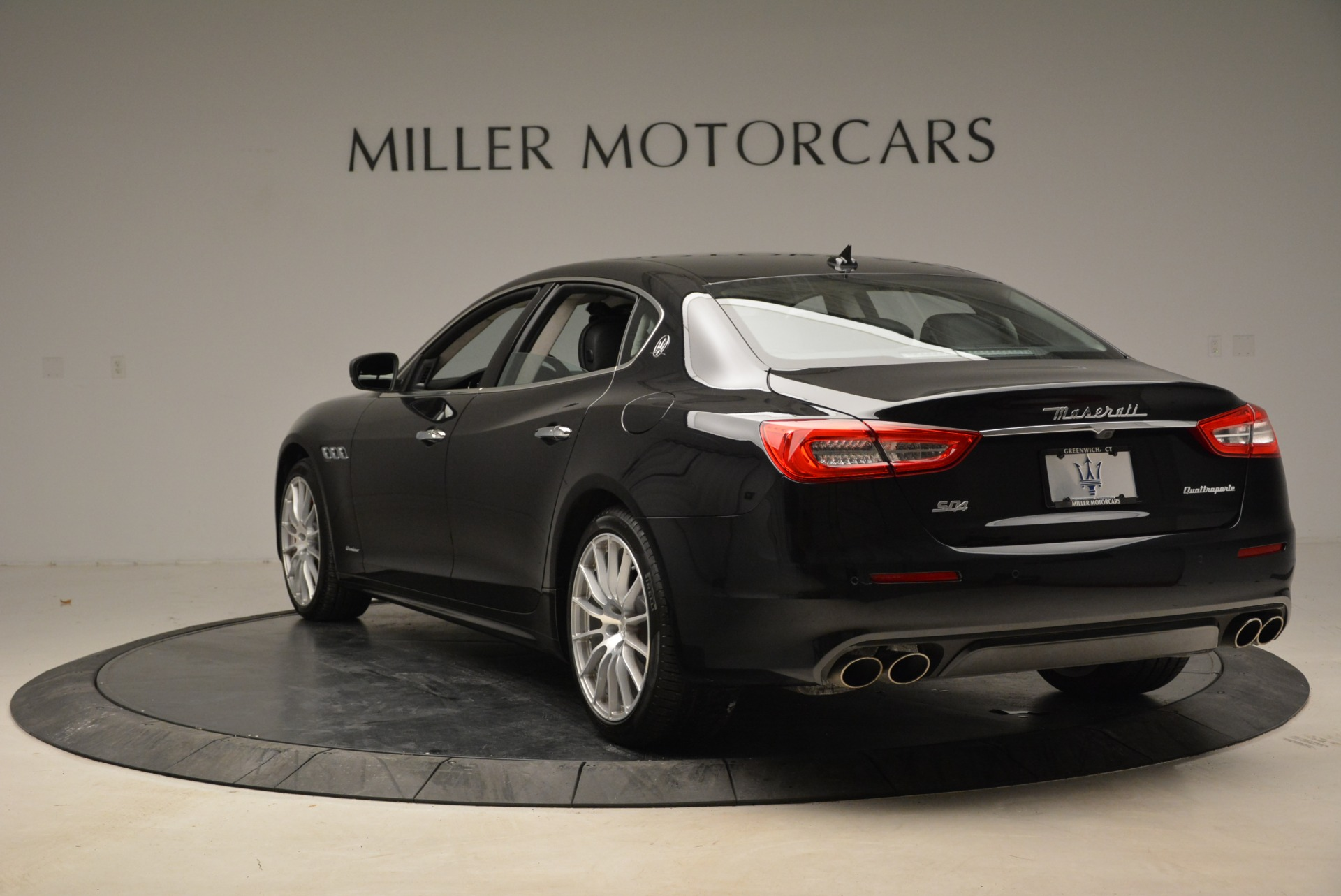 New 2018 Maserati Quattroporte S Q4 GranLusso For Sale In Westport, CT 1705_p5