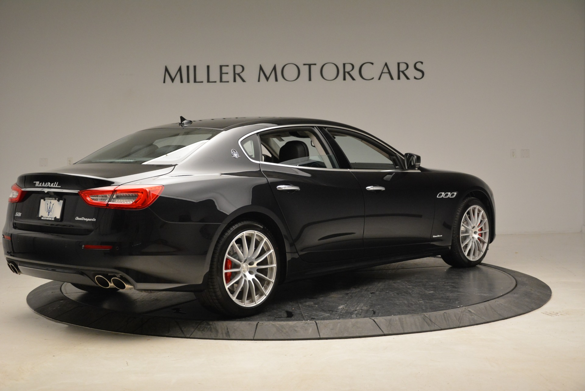 New 2018 Maserati Quattroporte S Q4 GranLusso For Sale In Westport, CT 1705_p8