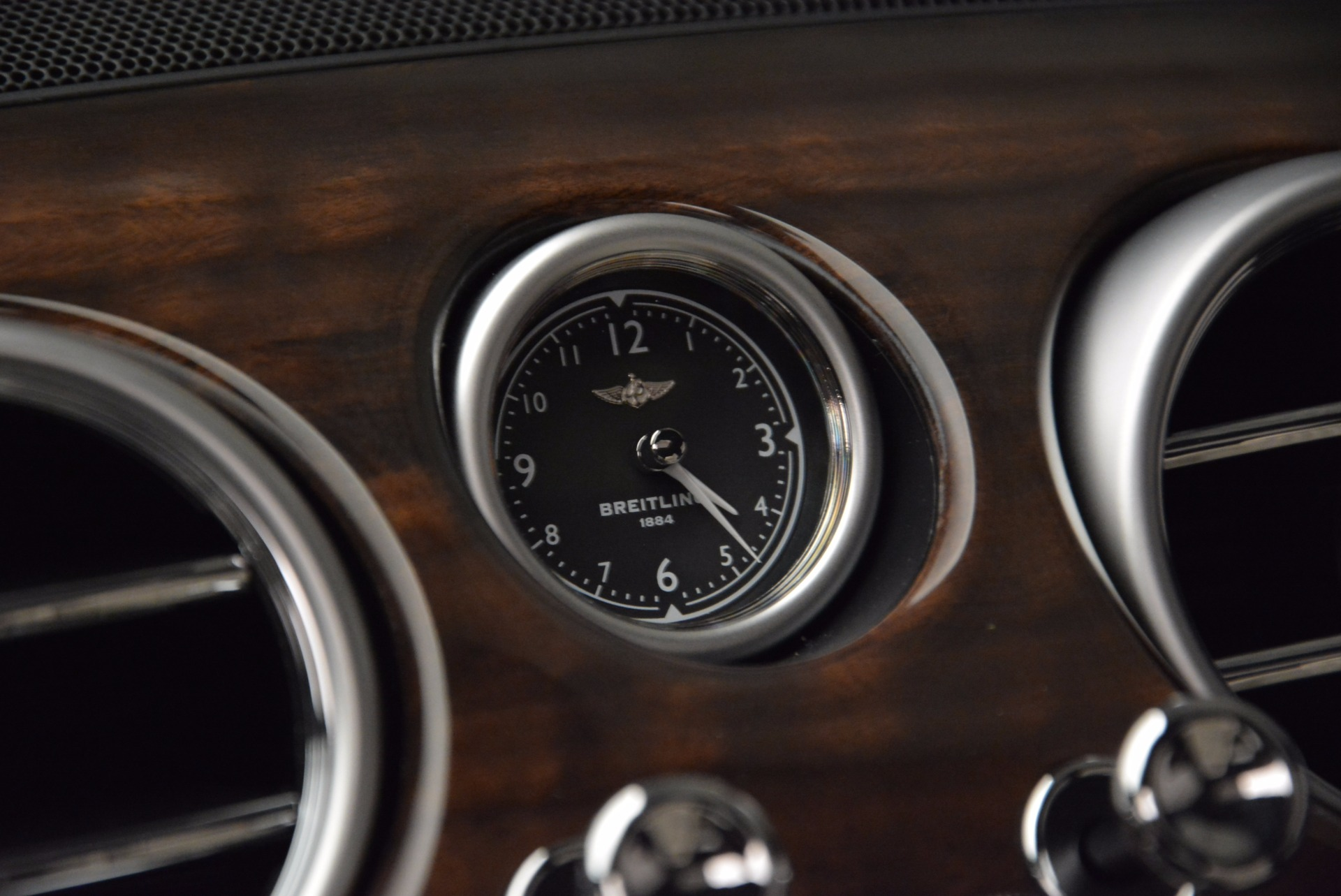 New 2017 Bentley Flying Spur V8 For Sale In Westport, CT 1713_p22