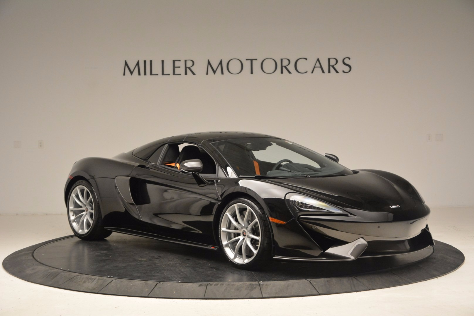 Used 2018 McLaren 570S Spider For Sale In Westport, CT 1716_p19