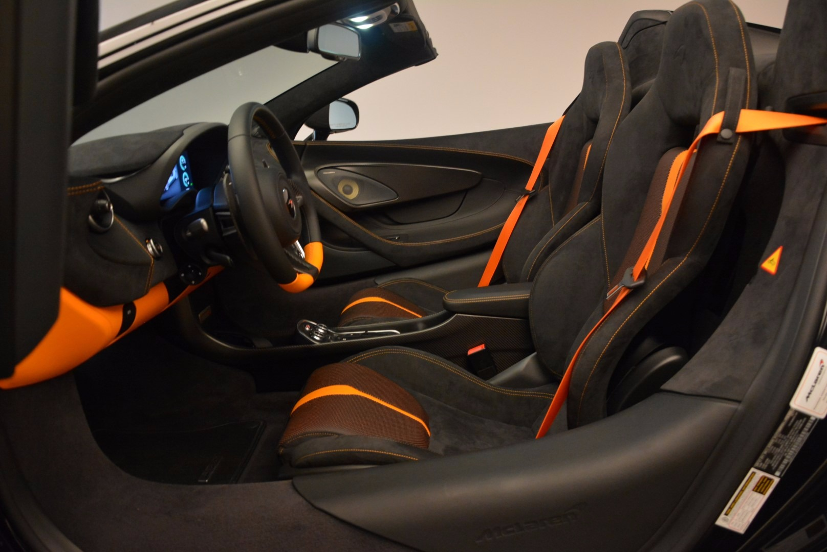 Used 2018 McLaren 570S Spider For Sale In Westport, CT 1716_p26