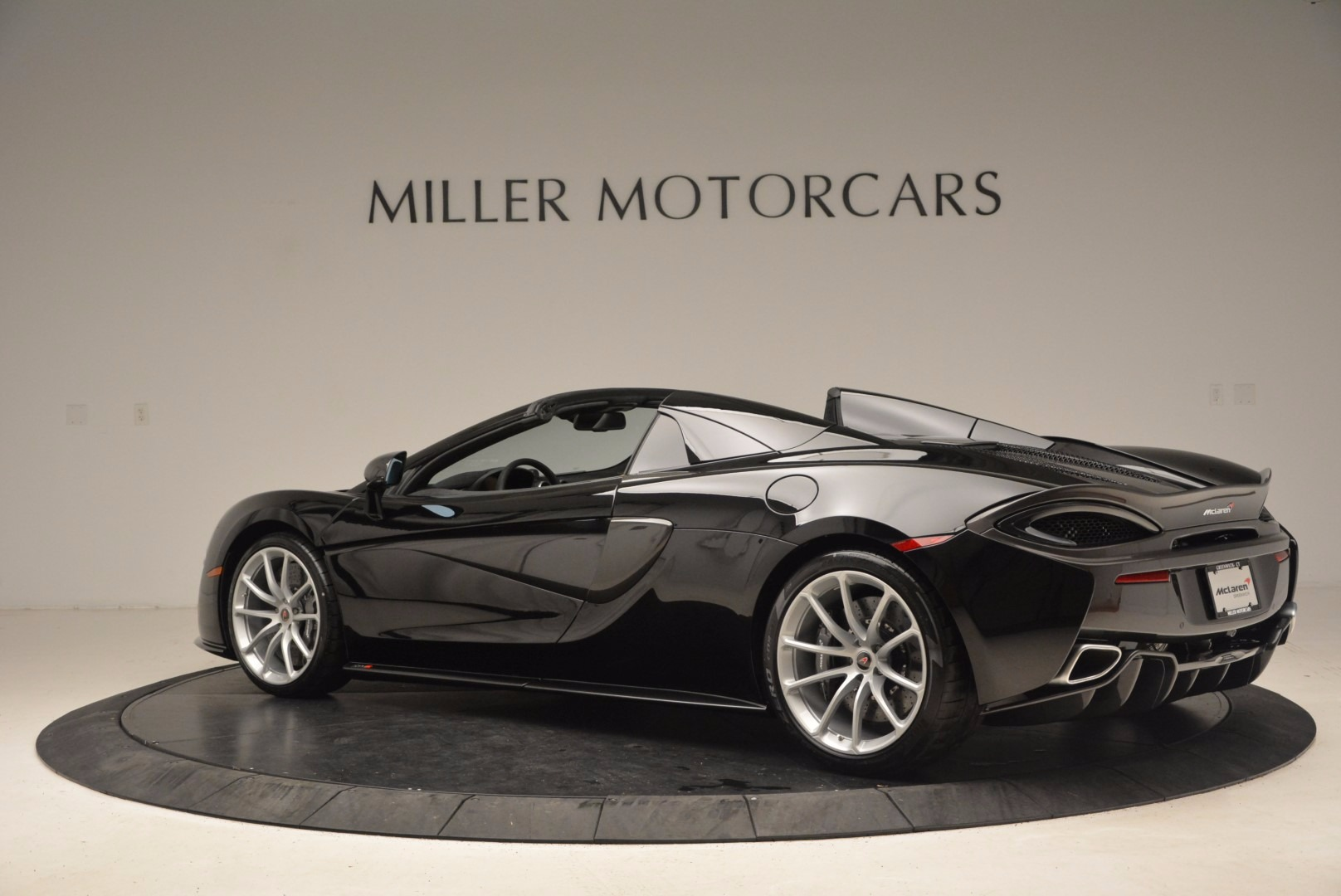 Used 2018 McLaren 570S Spider For Sale In Westport, CT 1716_p4