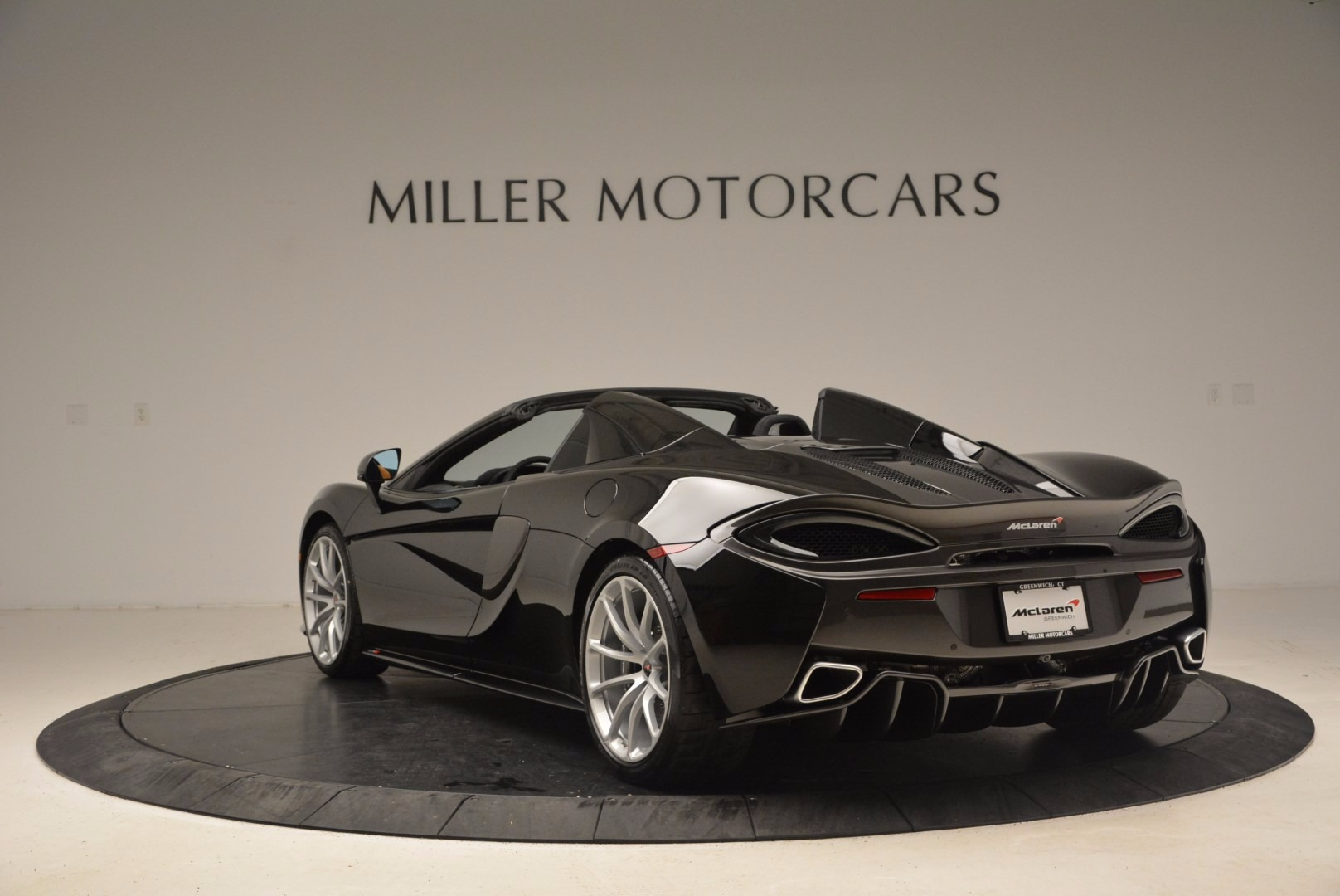 Used 2018 McLaren 570S Spider For Sale In Westport, CT 1716_p5