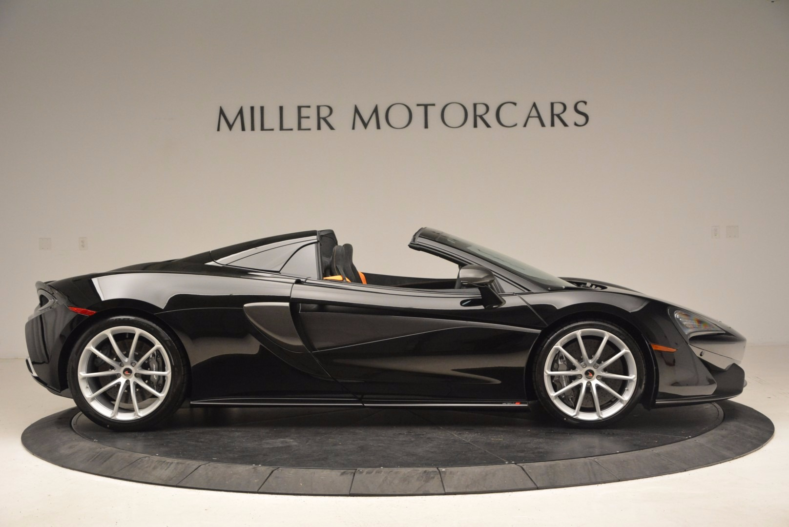 Used 2018 McLaren 570S Spider For Sale In Westport, CT 1716_p9