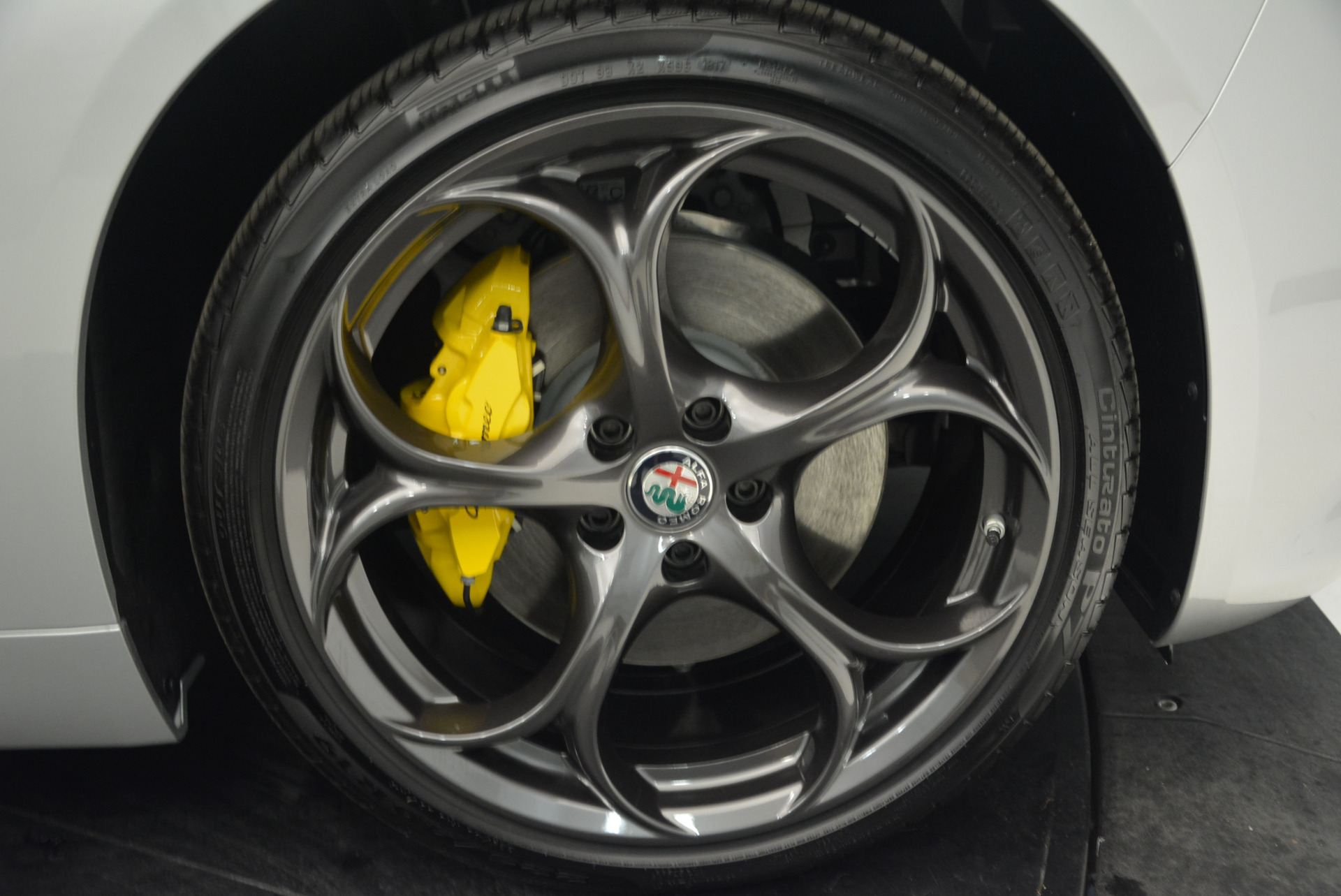 New 2018 Alfa Romeo Giulia Ti Sport Q4 For Sale In Westport, CT 1720_p25
